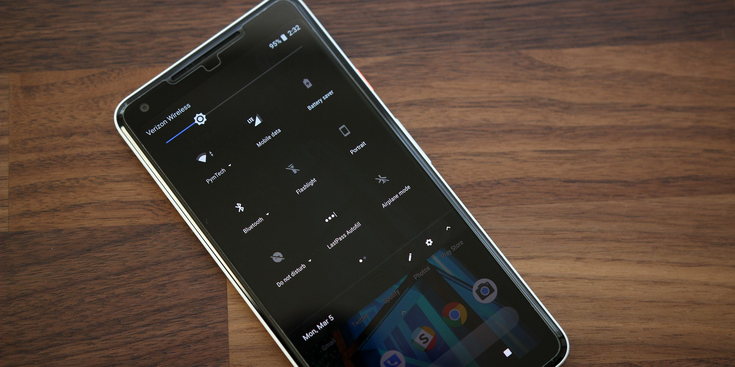 3000x1500 How to force Google Pixel's 'dark mode' with any wallpaper w/ 'LWP+'