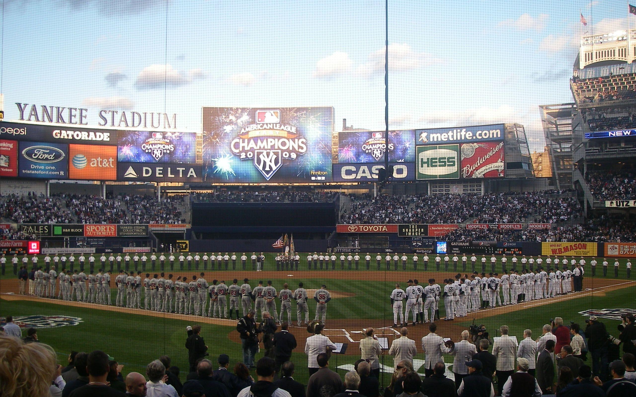 1080x1920 New York Yankees Logo