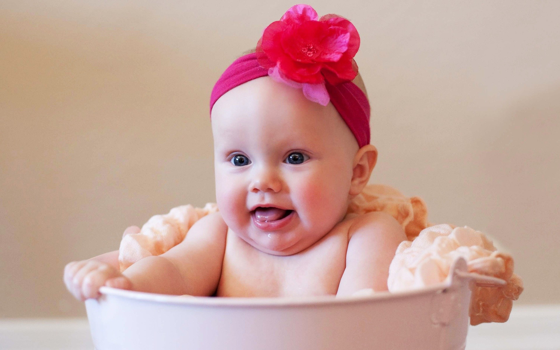 1920x1200 Author: Jenny Bishop. Tags: Girl Baby Cutest