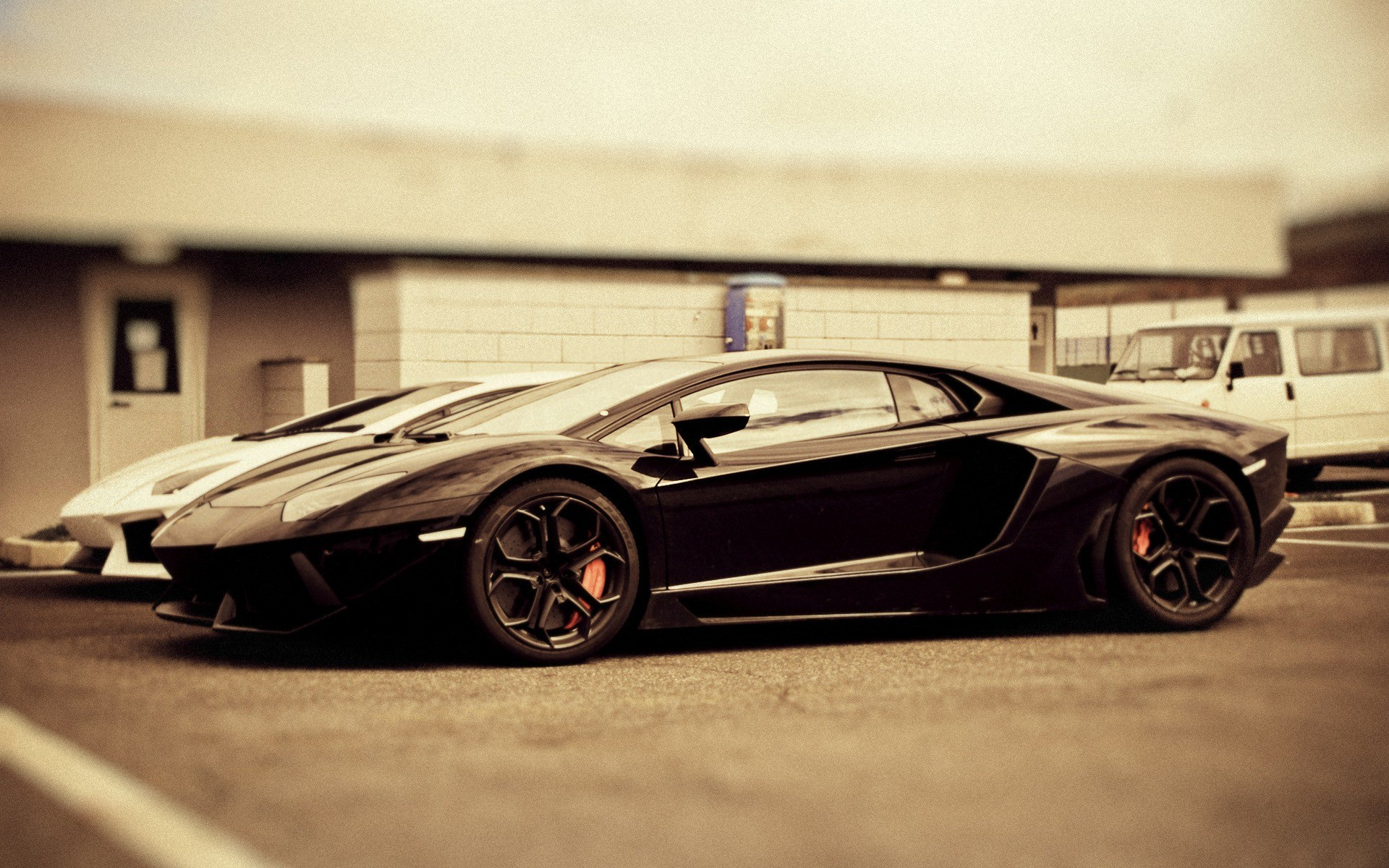 1920x1200 Lamborghini Aventador pictures on HD wallpapers.Only model .