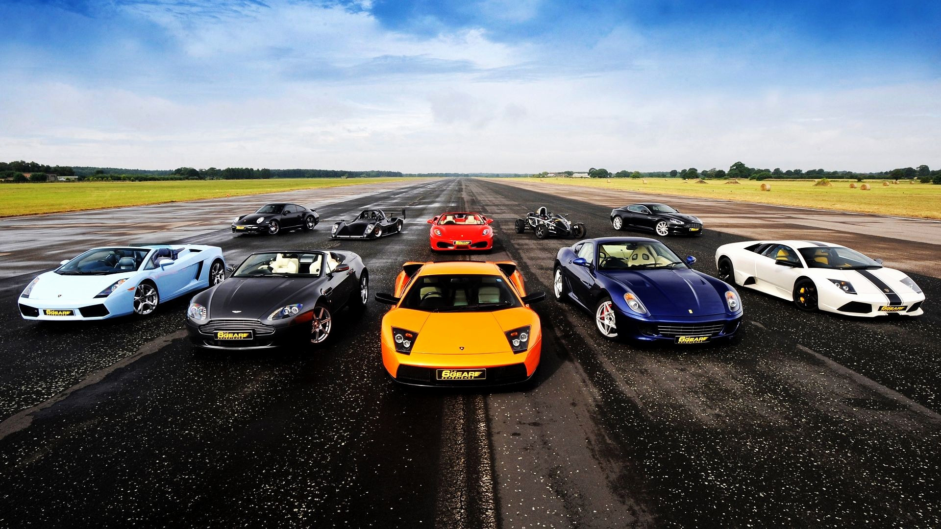 Full Hd Sports Car Wallpaper 61 Images