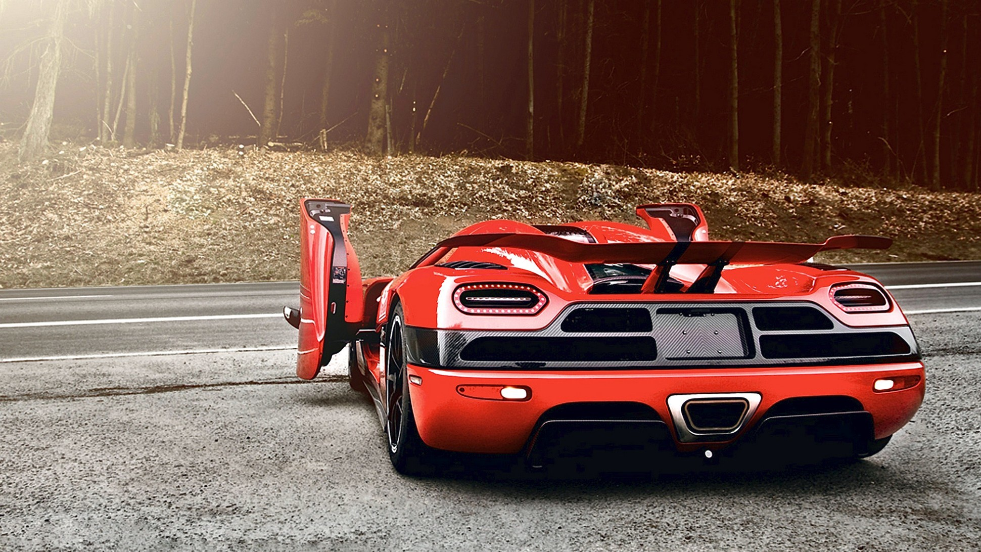 1941x1092 2011 Koenigsegg Agera R V7 Hd Car Wallpaper