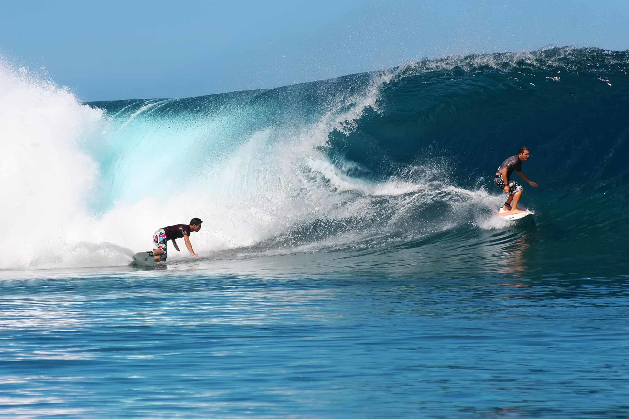 Teahupoo Surf Wallpapers (66+ images)