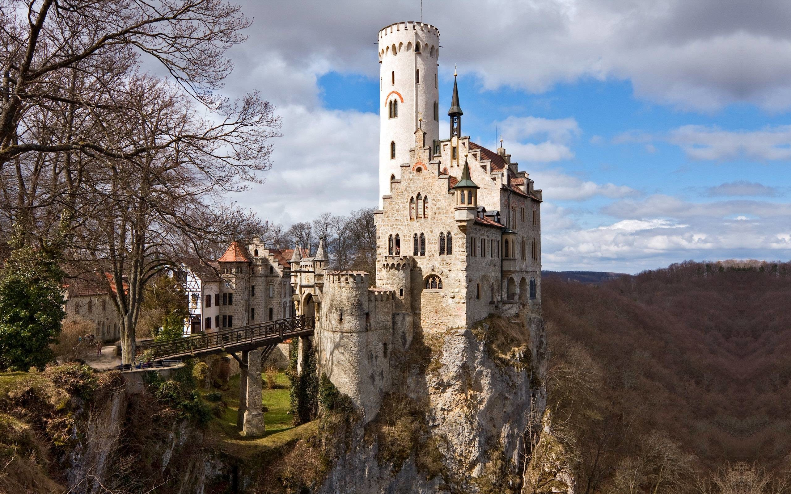 2560x1600 Lichtenstein Castle | Wallpaper pics