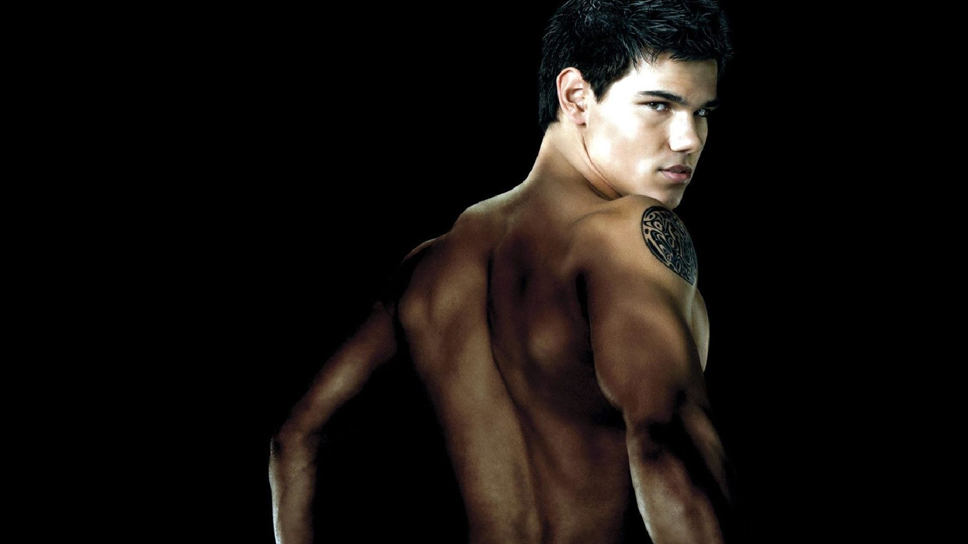 1920x1080 Taylor Lautner Shirtless Wallpaper Desktop Images & Pictures - Becuo