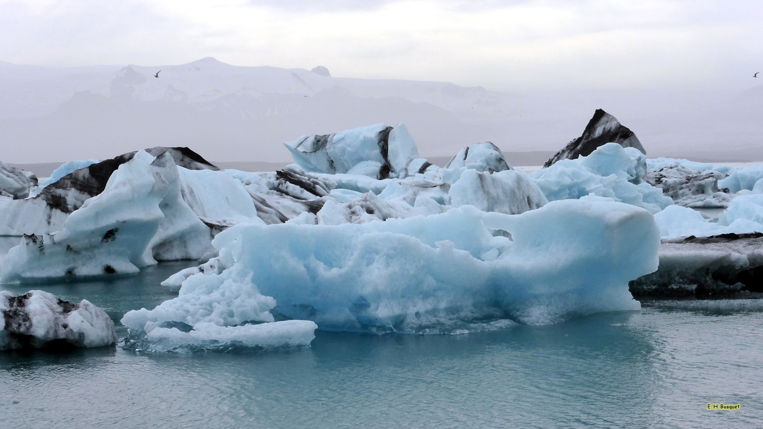 2560x1440 HD wallpaper ice floes in Iceland