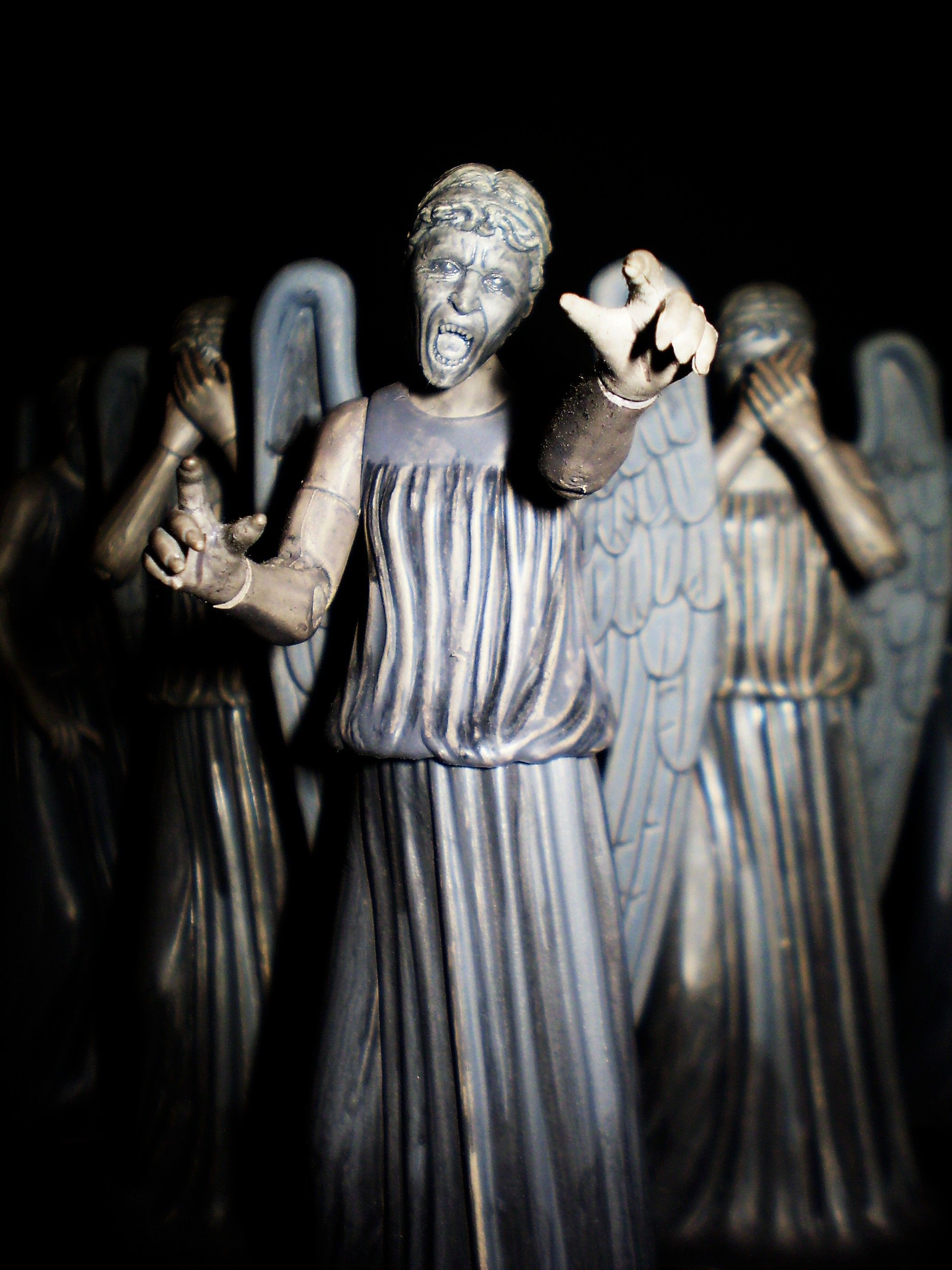 2112x2816 Weeping Angels. I did not blink while repinning this.
