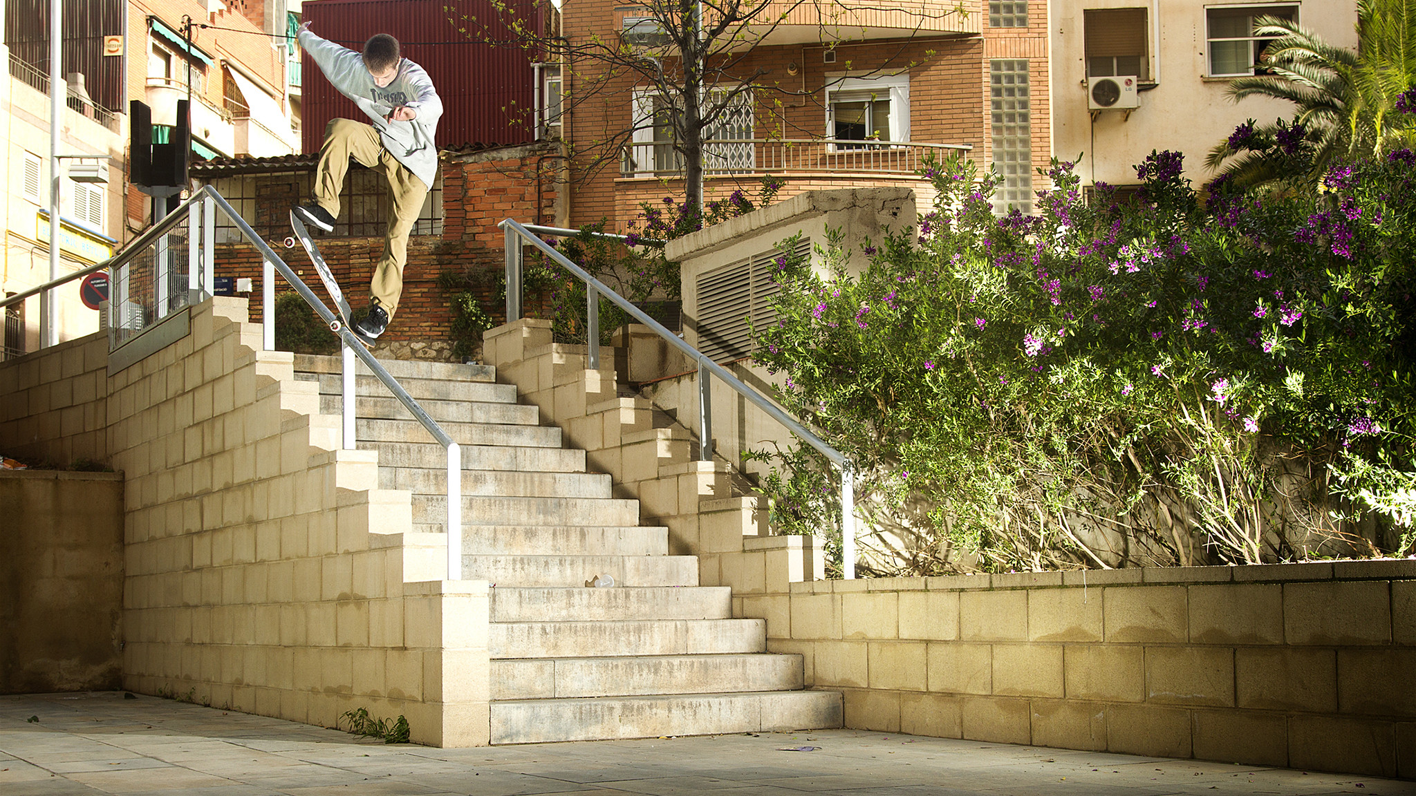 2048x1152 Chris Joslin makes his Plan B debut in the highly anticipated Plan B video,  True