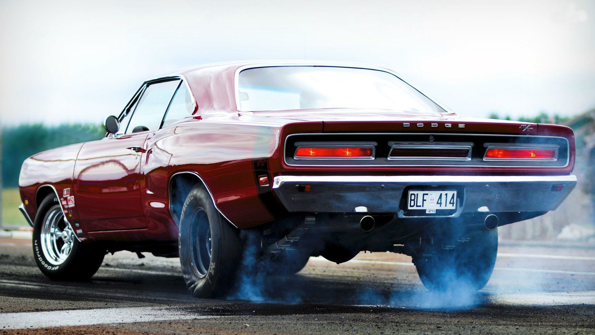 1920x1080 Dodge Charger RT Burnout Wallpaper - HD
