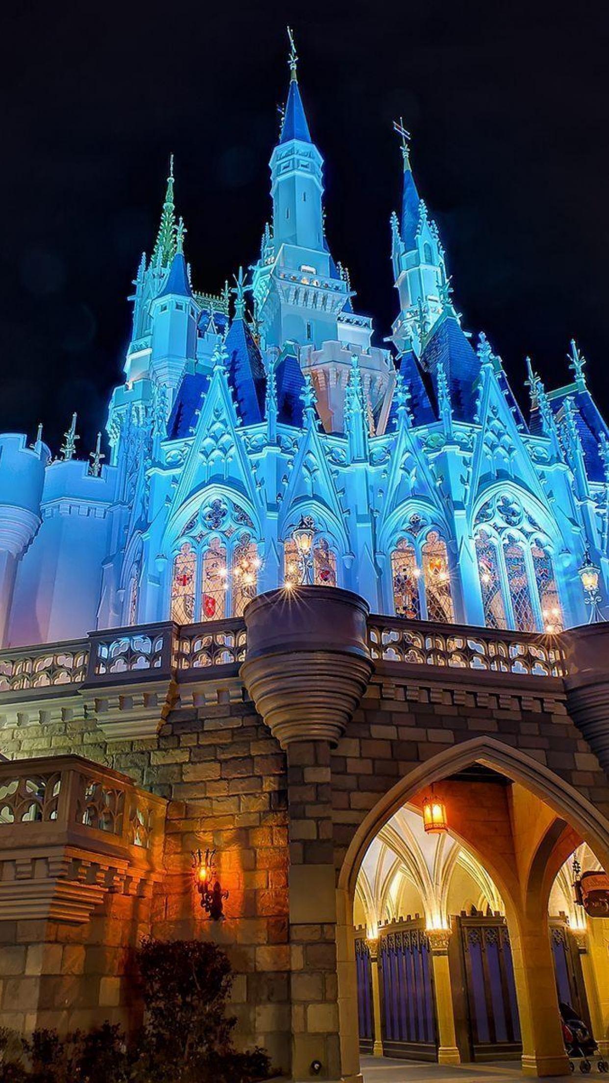 Disney Castle iPhone Wallpaper (74+ images)