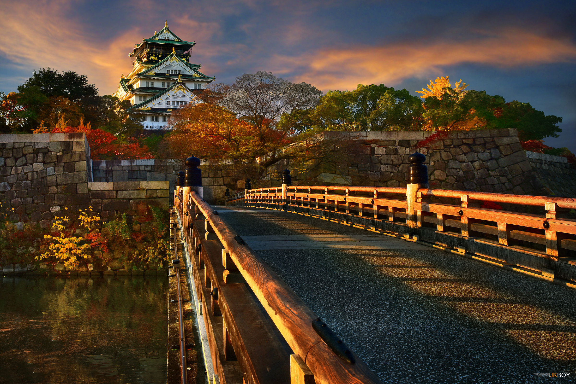 2400x1602 Man Made - Osaka Castle Japan Fall Osaka Bridge Wallpaper