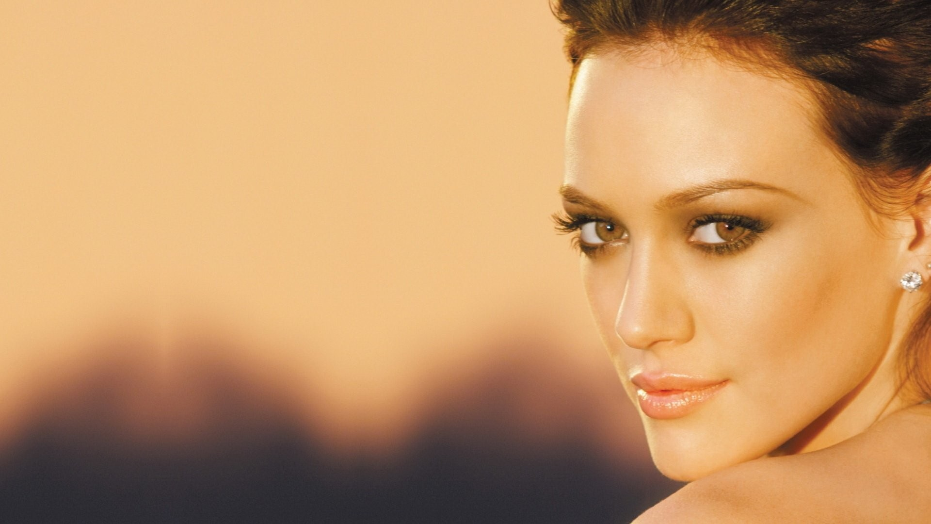 1920x1080 Hilary Duff Dignity Album Cover ...