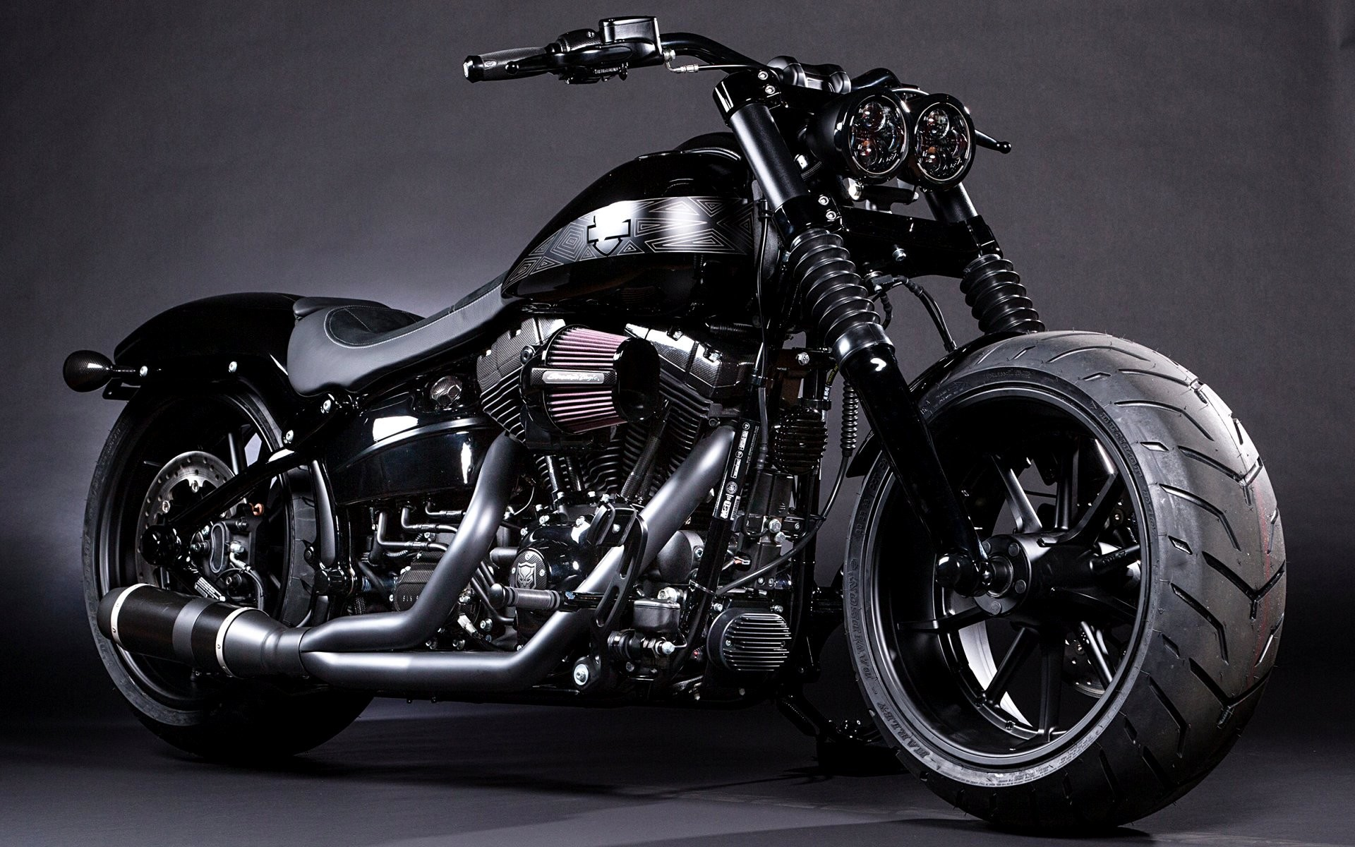 1920x1200 Black Panther Breakout Softail