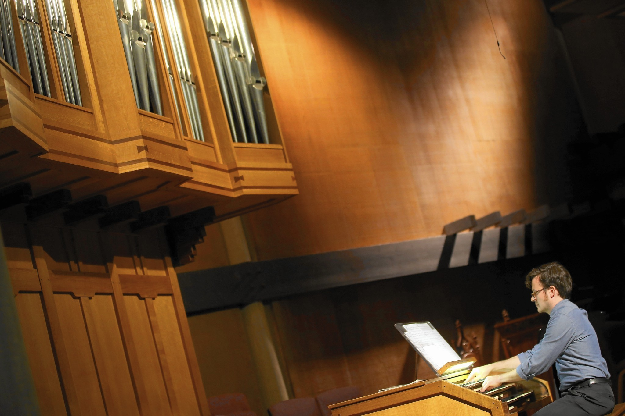 2048x1365 The proof is in: The pipe organ is still the king of instruments - LA Times