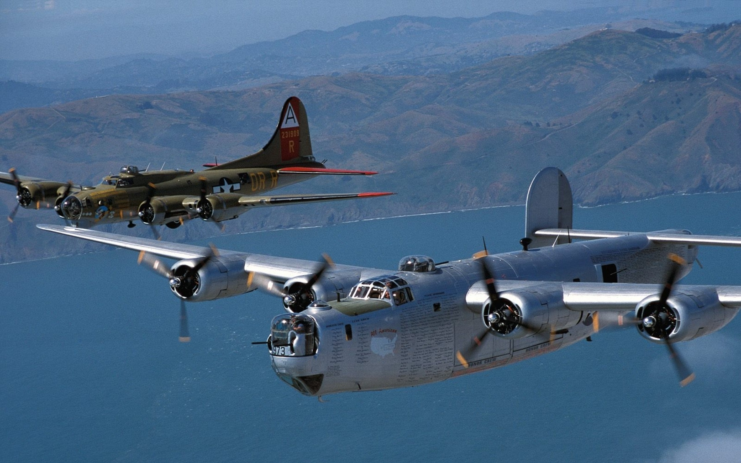 B 17 Flying Fortress wallpapers  Free stock photos