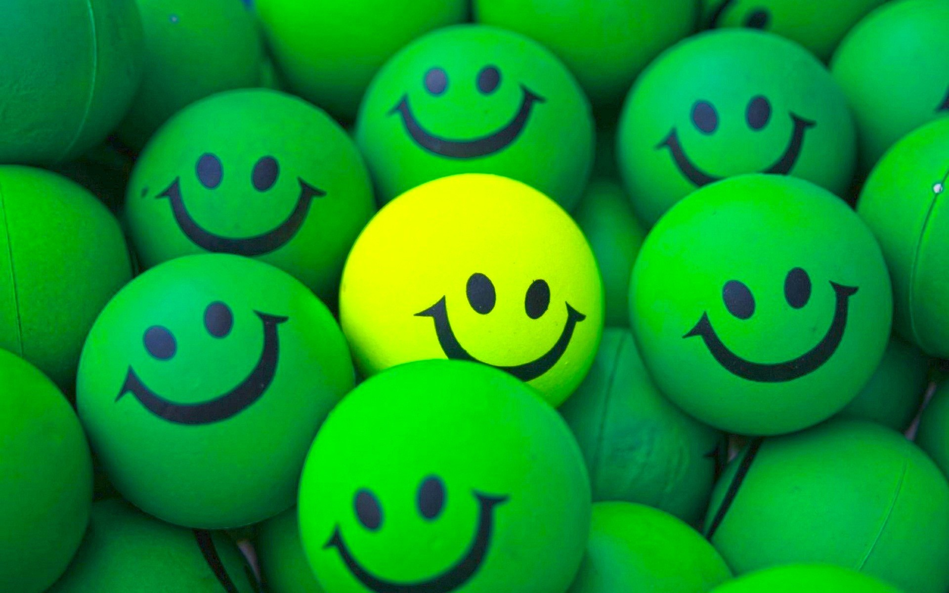 Happy face wallpapers 54 images 2118x2116 144324522 happy faces wallpapers happy faces backgrounds voltagebd Gallery