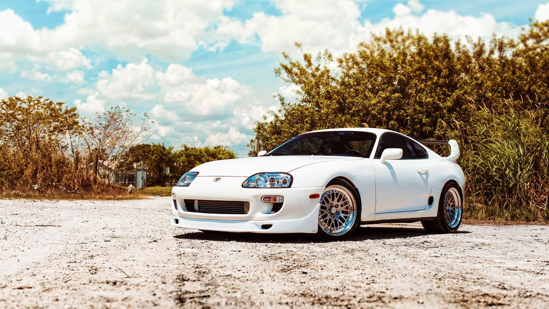 2048x1536 Toyota Supra Wallpaper