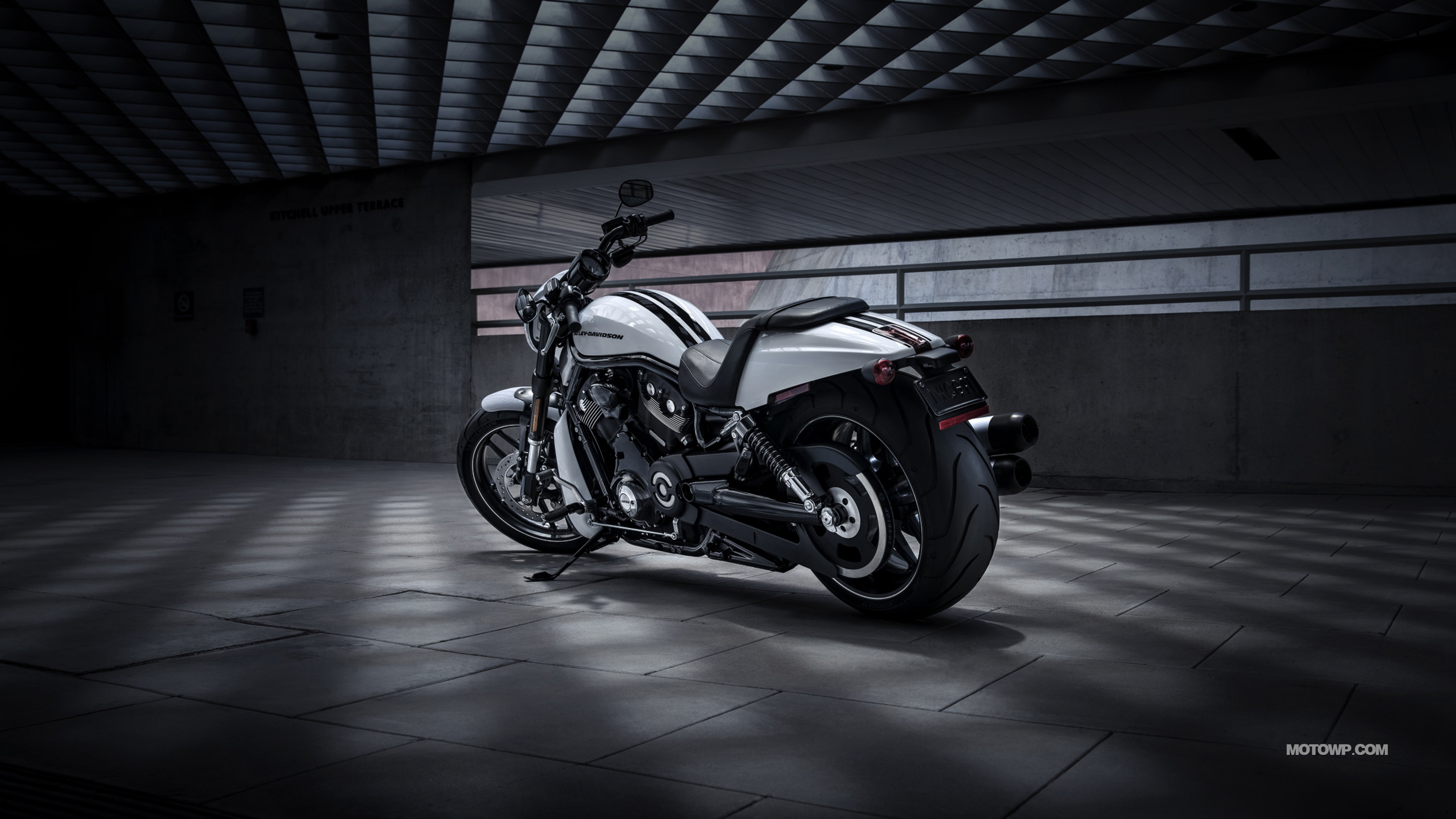 3840x2160 Harley-Davidson V-Rod Night Rod Special - 2017