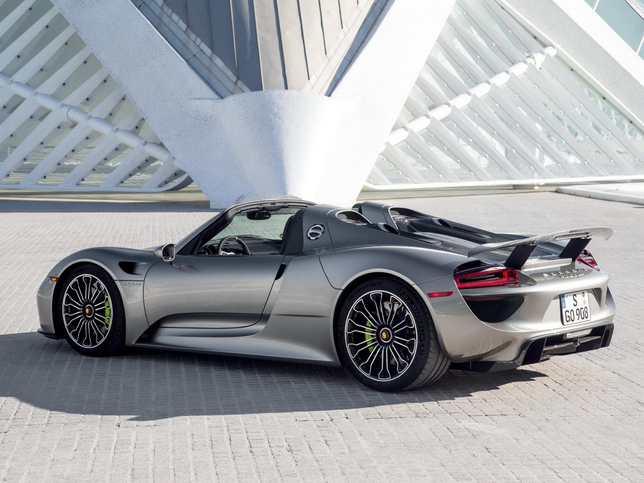 Amazing Porsche 918 Back Fire Abstract Car 2014