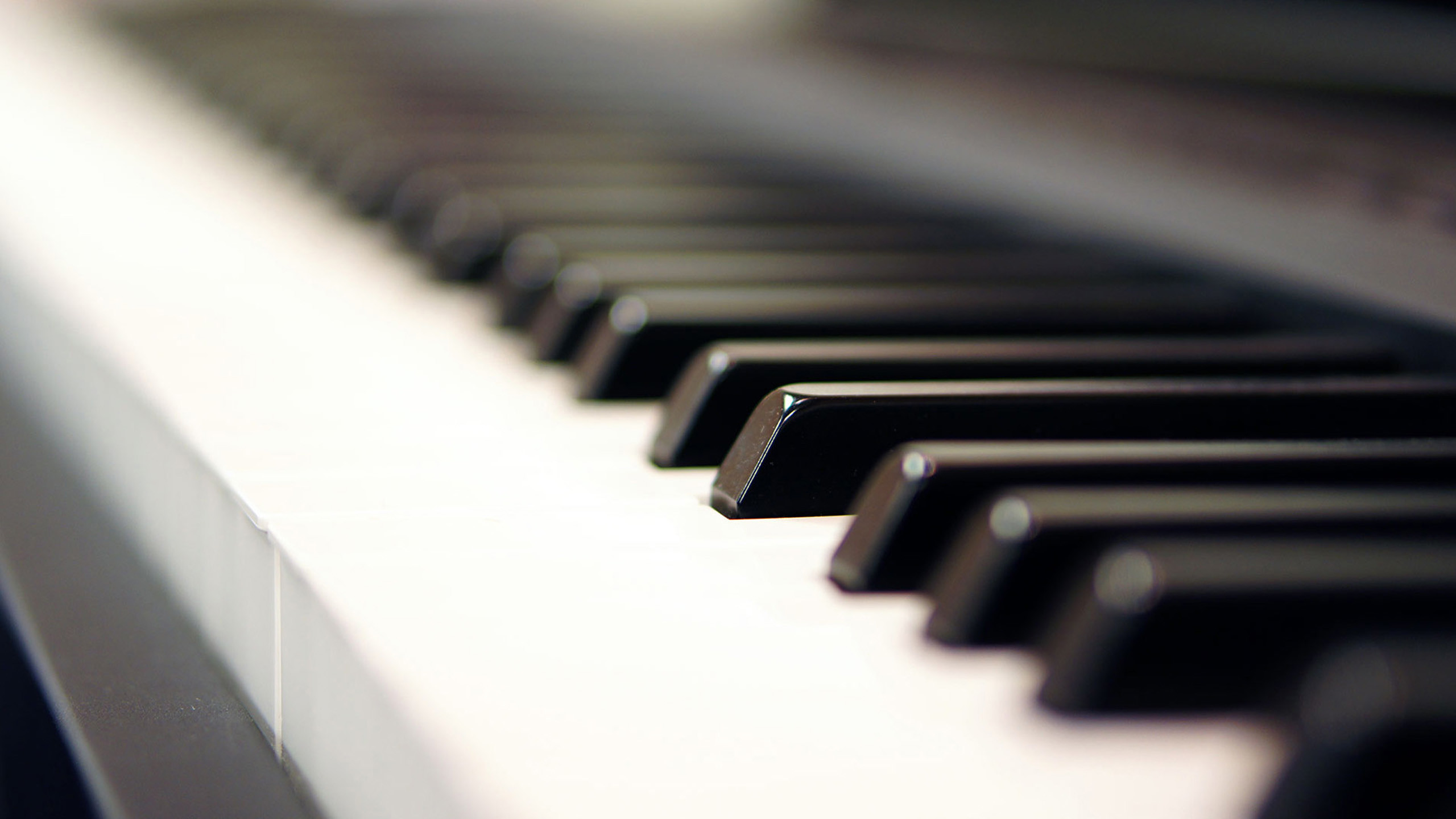 2560x1440 piano wallpaper 2