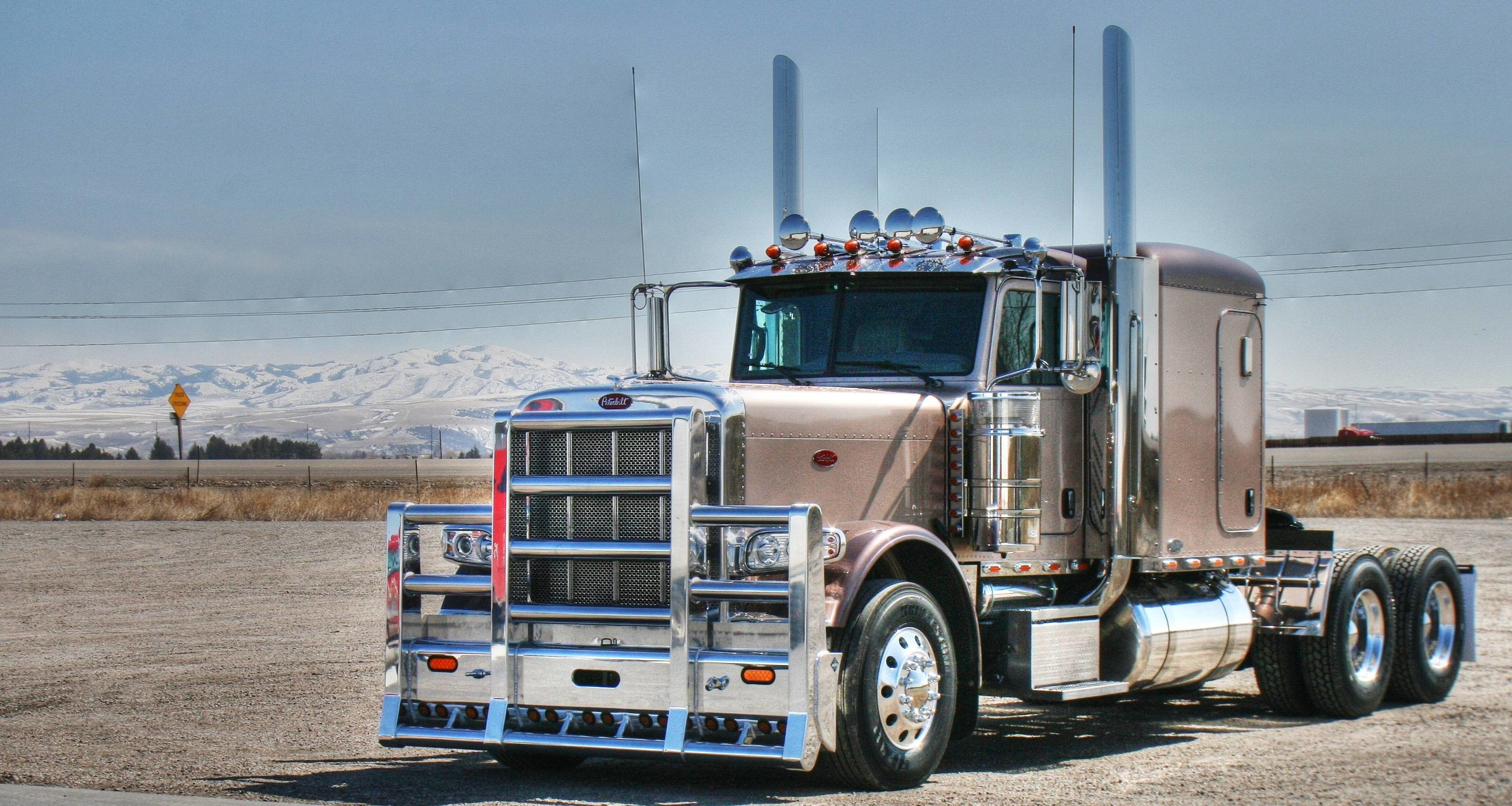 3185x1697 Peterbilt wallpaper | 2048x1339 | 166238 | WallpaperUP