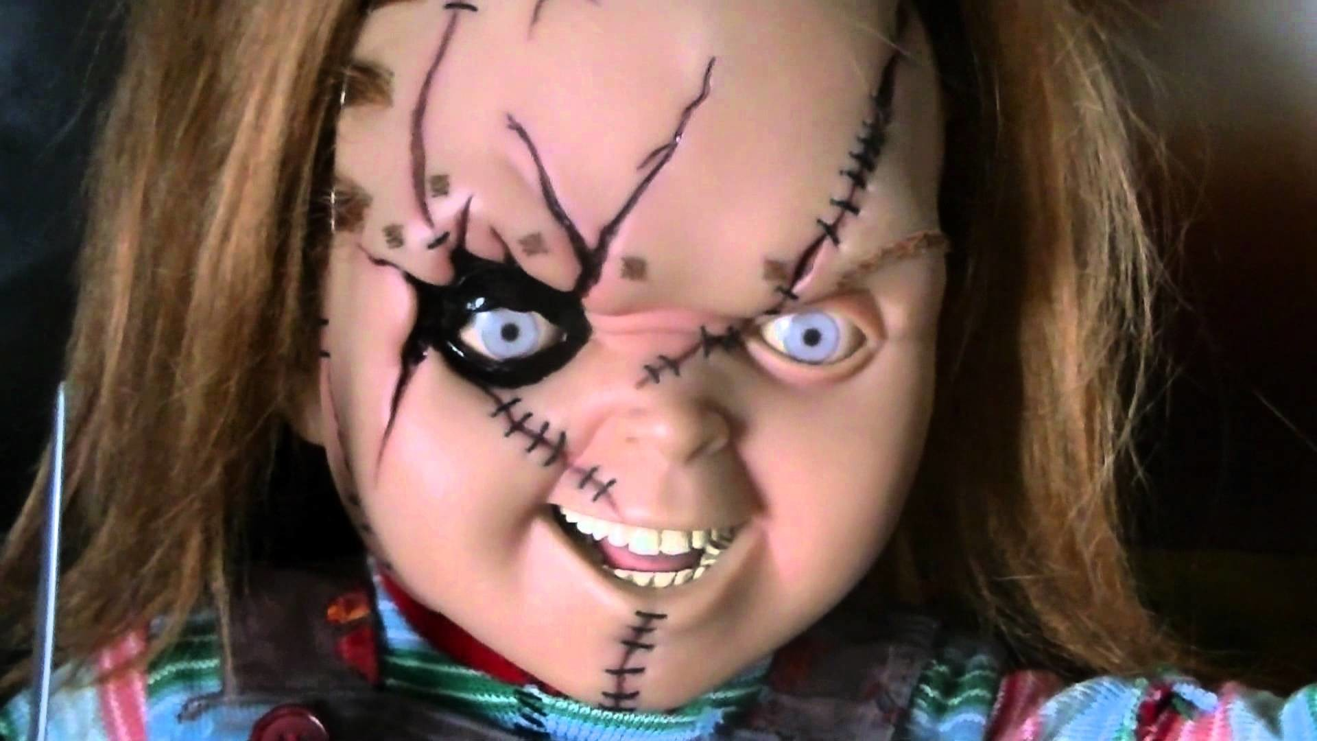 1920x1080 Sideshow Chucky doll - favorite item!