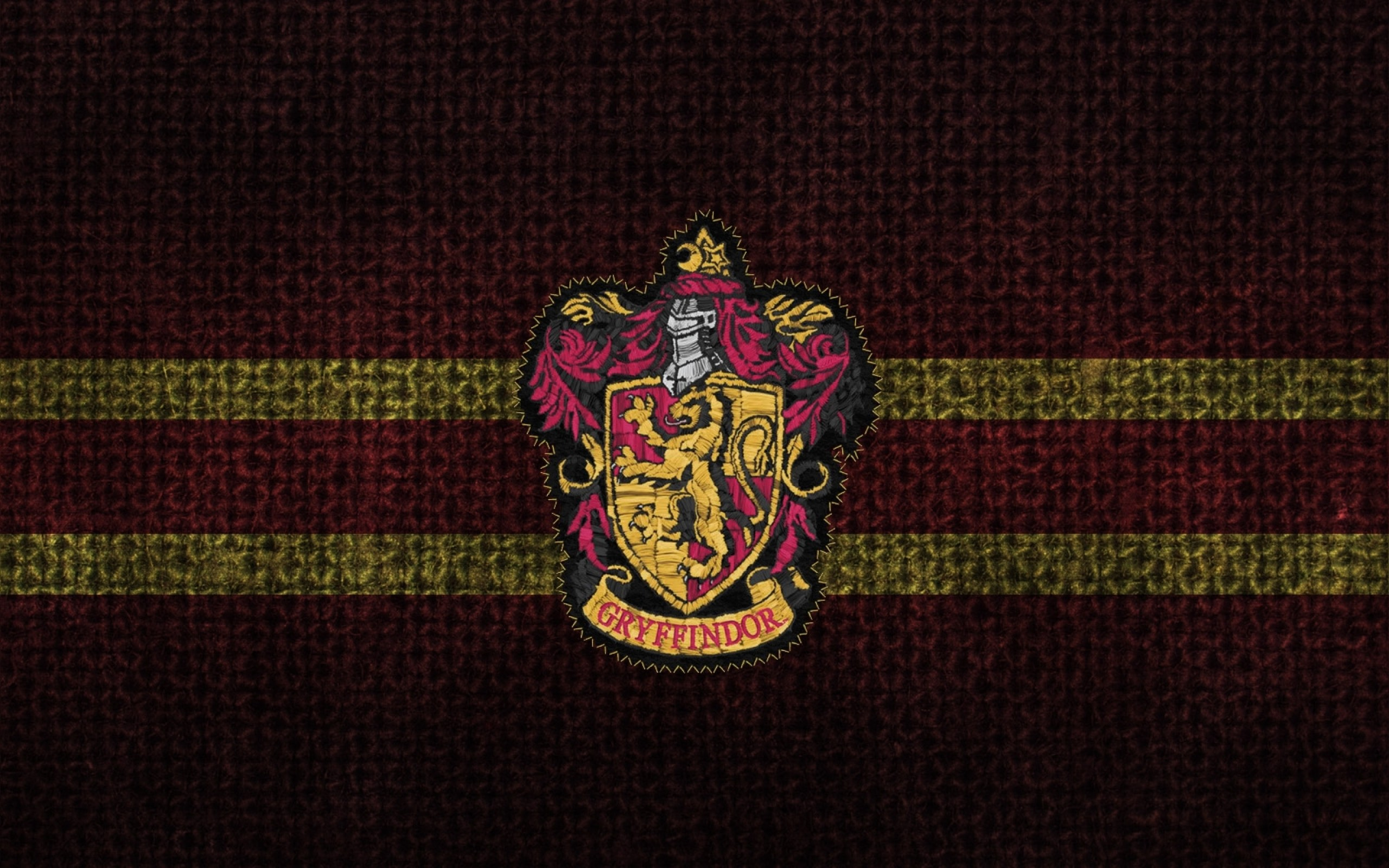 2560x1600 Harry Potter Crest Gryffindor Hogwarts 1600x1089 Wallpaper Art HD