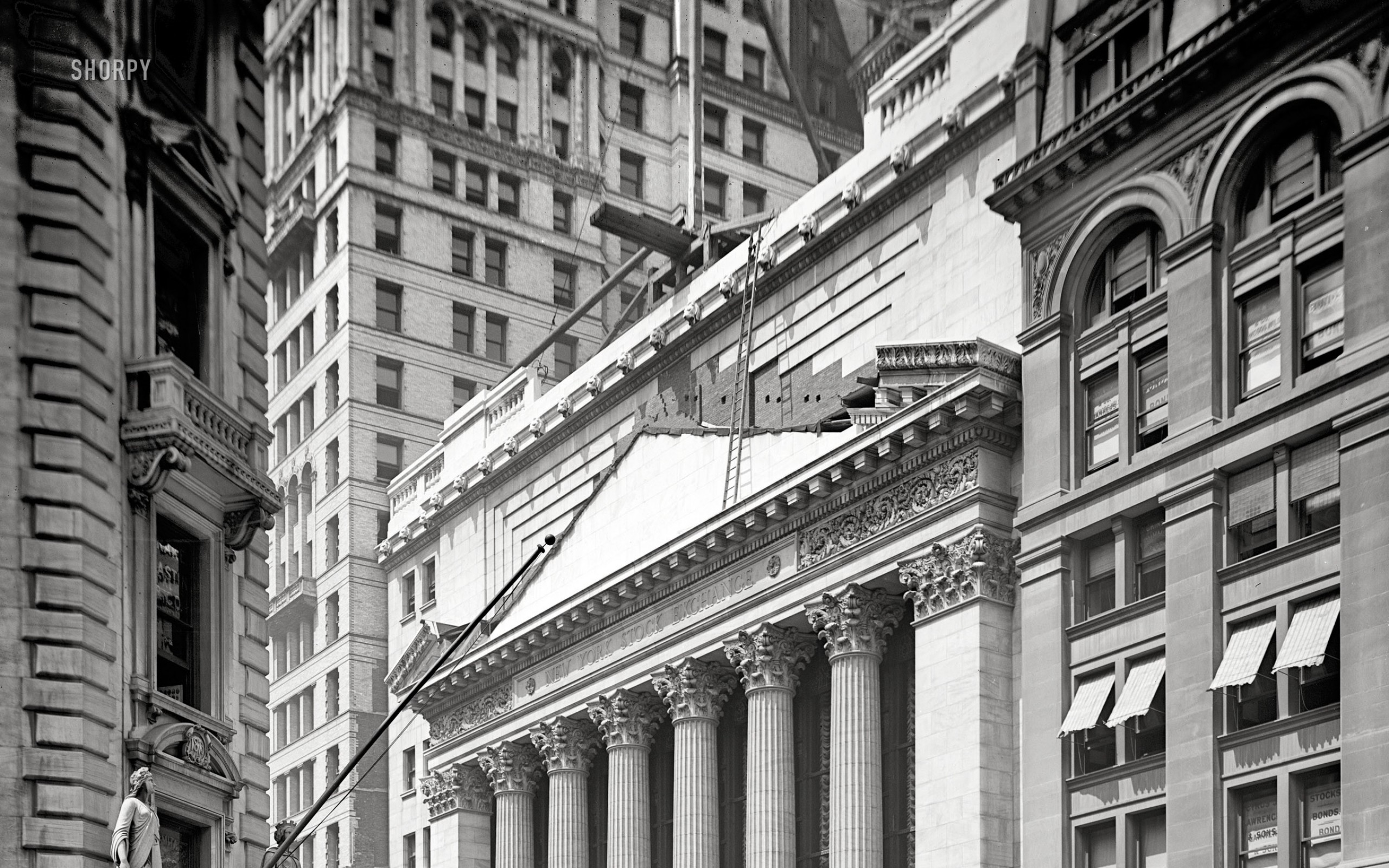 2560x1600 black and white usa new york city manhattan grayscale wall street  historical constructions new york Art