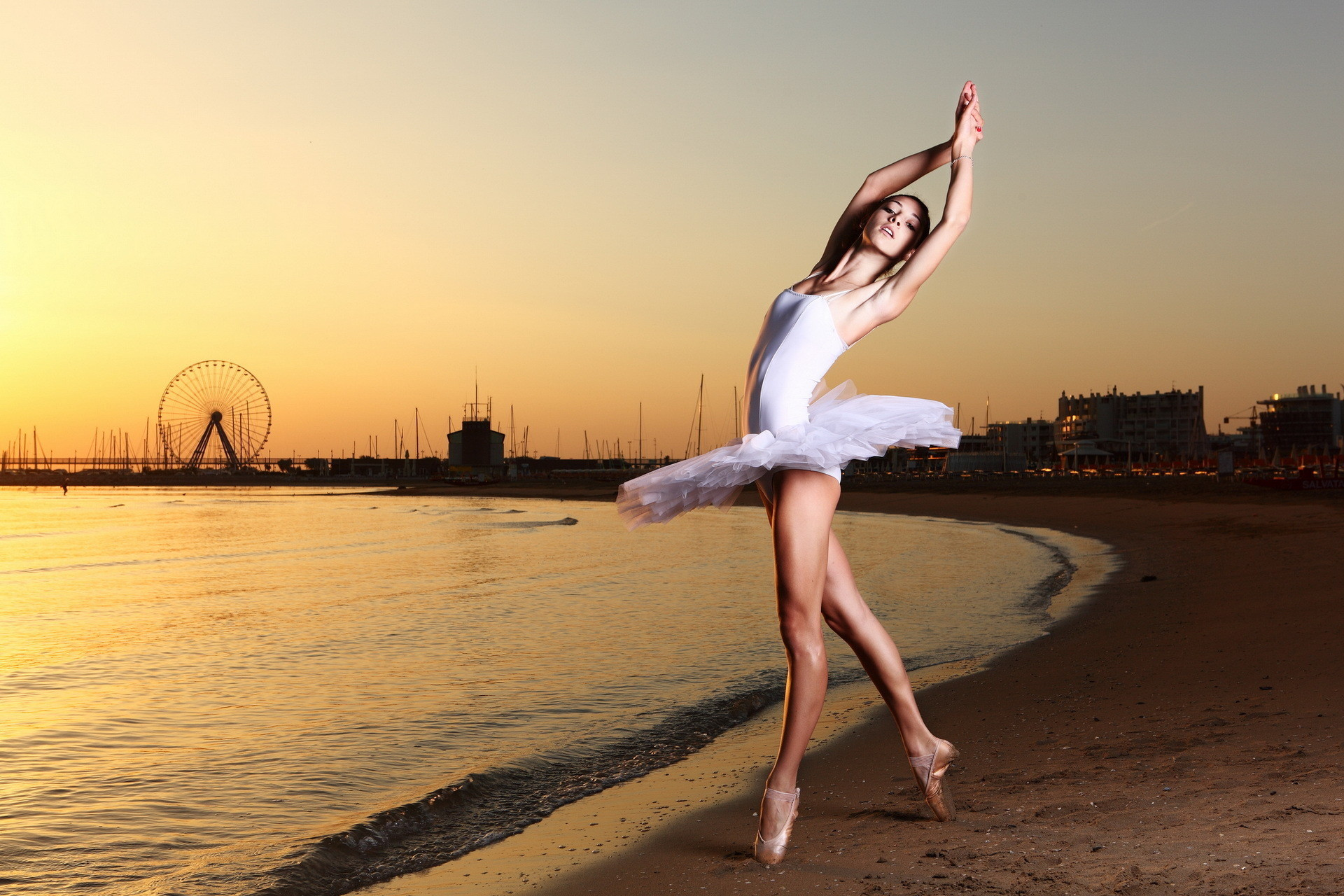 1920x1280 2950 Two young ballet dancers show their art Wallpapers download .