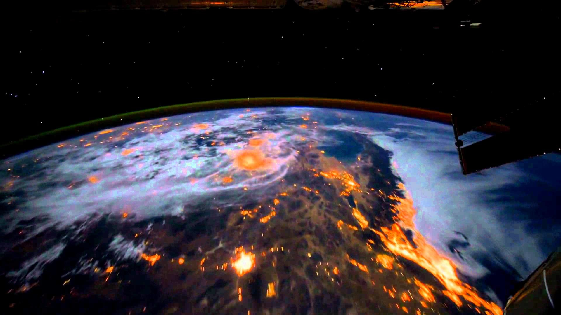 1920x1080 [Dreamscene] Animated Wallpaper - Earth View from the ISS - YouTube