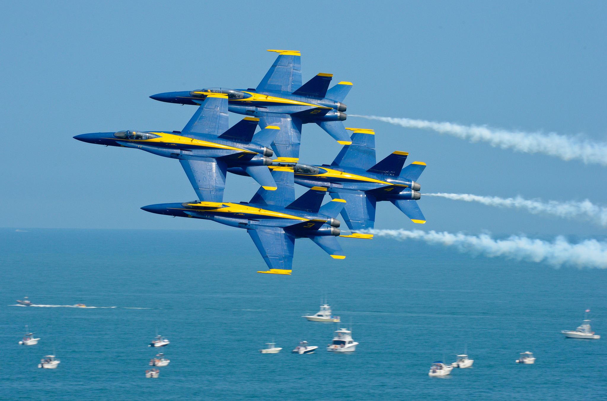 2048x1355 Blue Angels