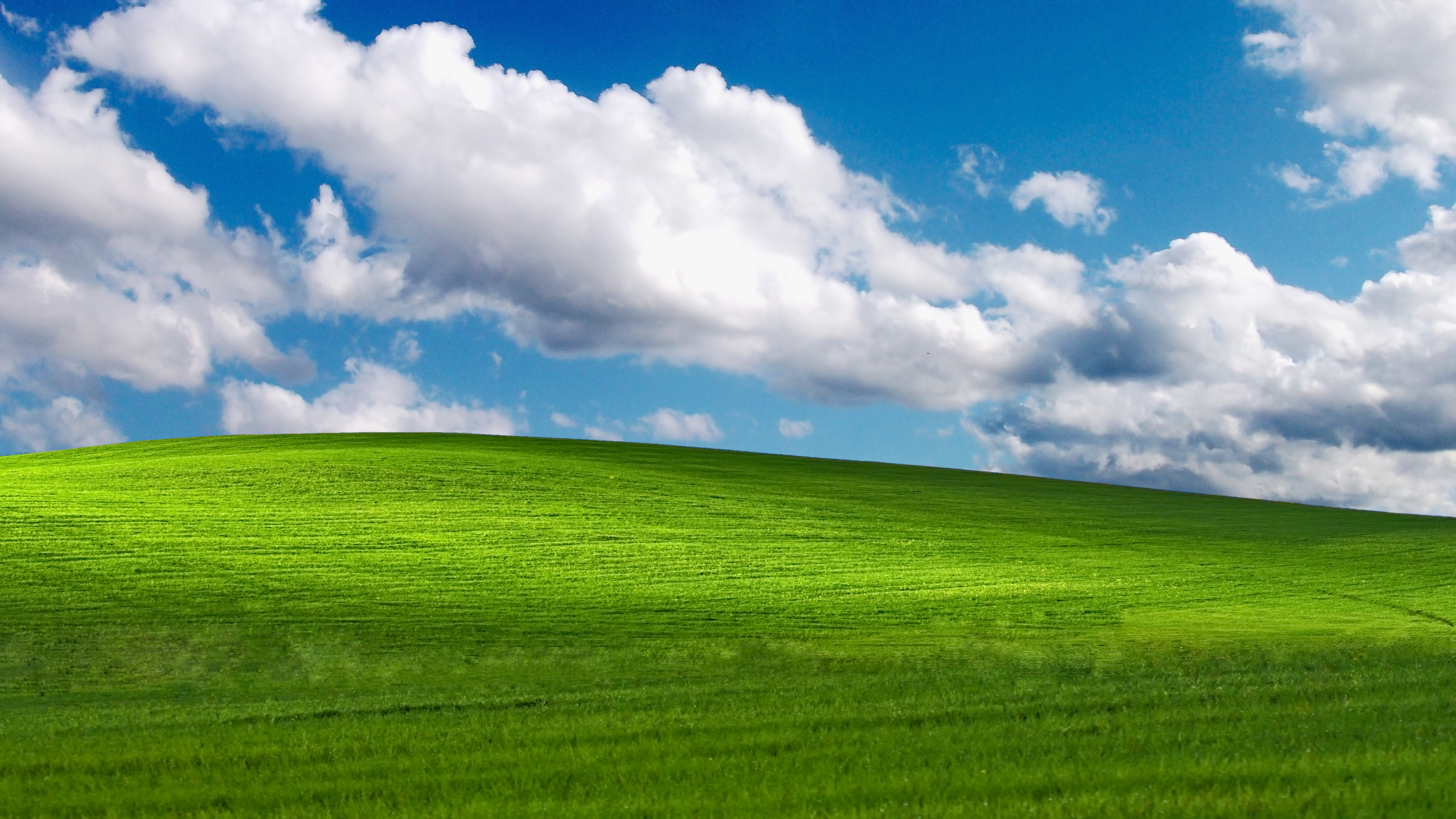 3840x2160 Windows XP Bliss Wallpaper