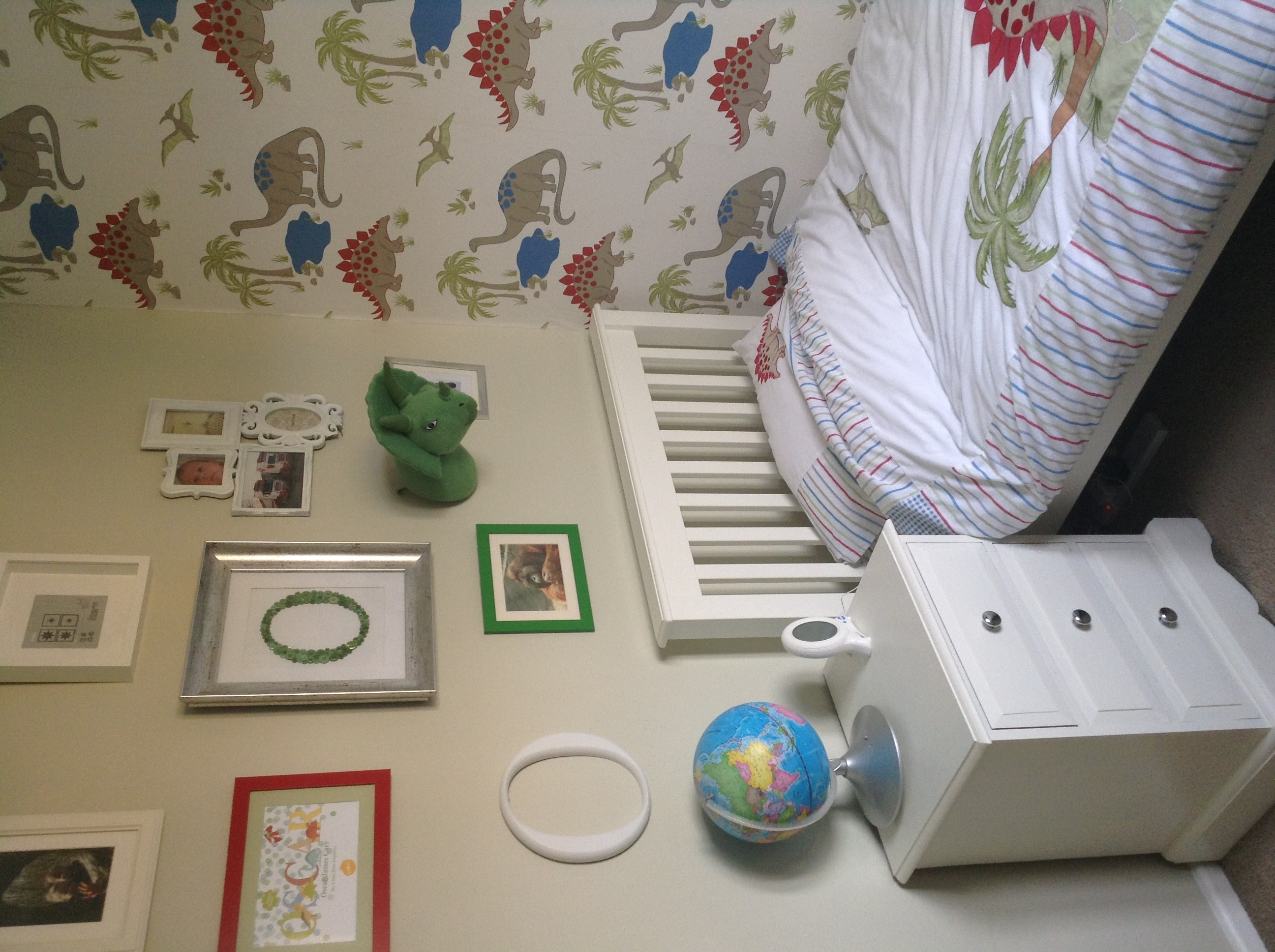 Boys room wallpaper 34 images for Dulux boys bedroom ideas