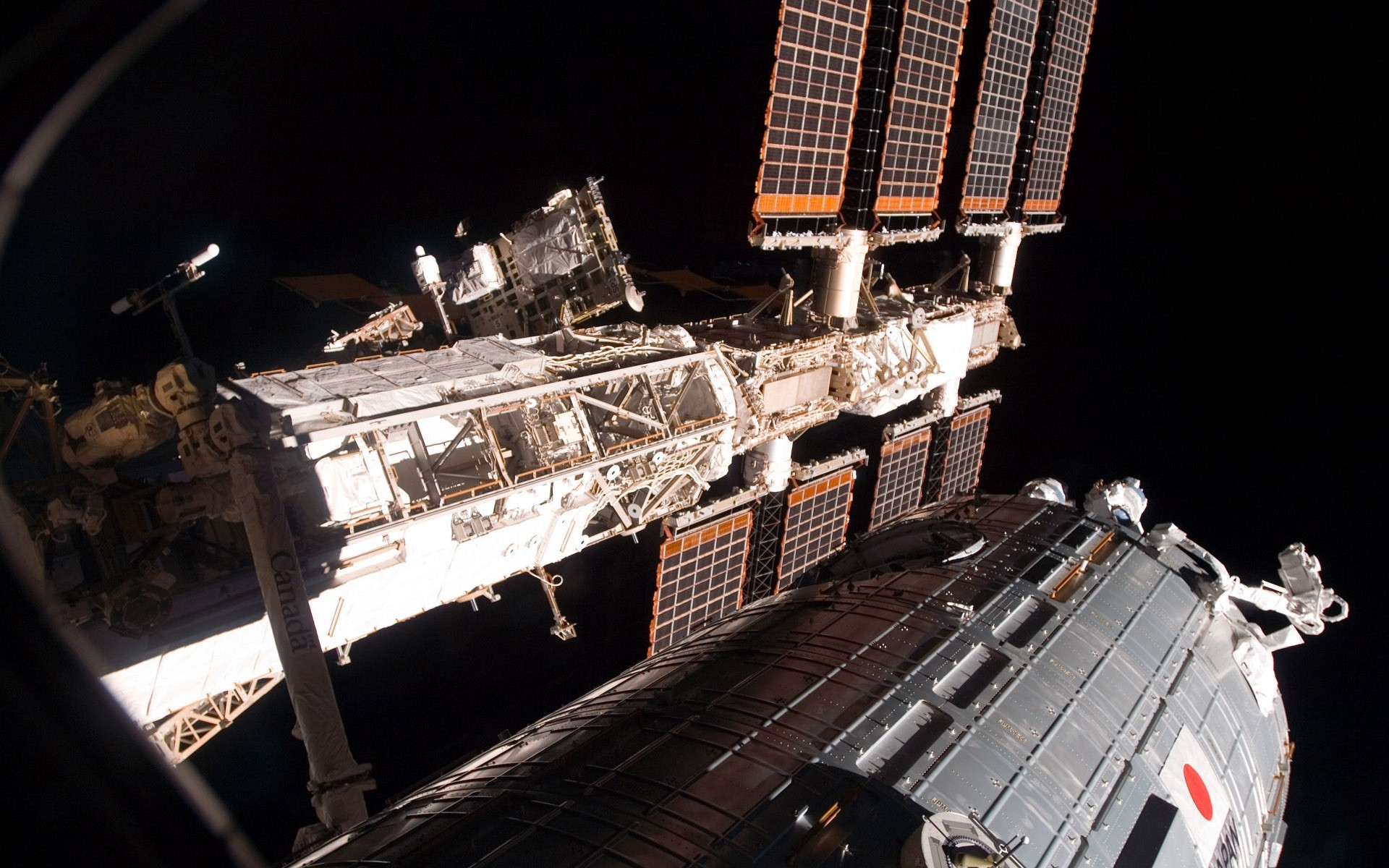 1920x1200 Preview wallpaper solar panels of The international space station