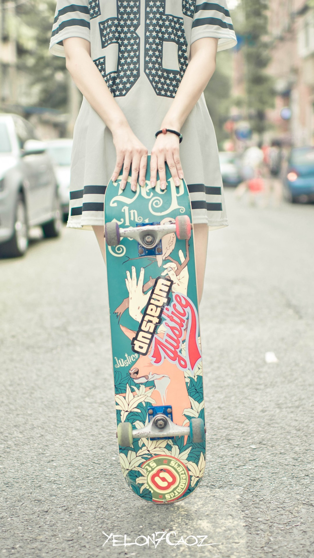 1080x1920 Skateboard Girl Wallpaper