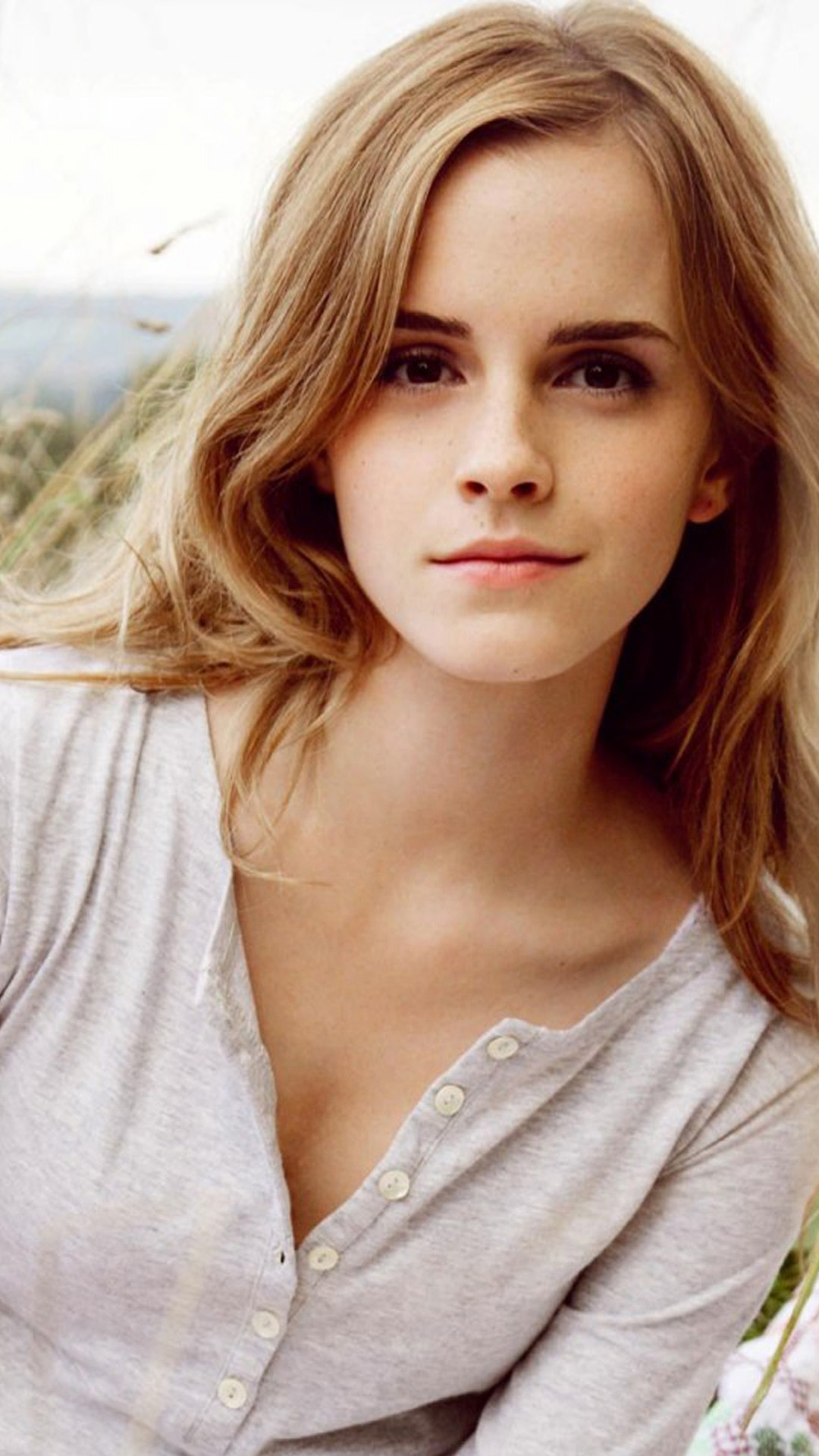 Emma Watson iPhone Wallpaper (85+ images)