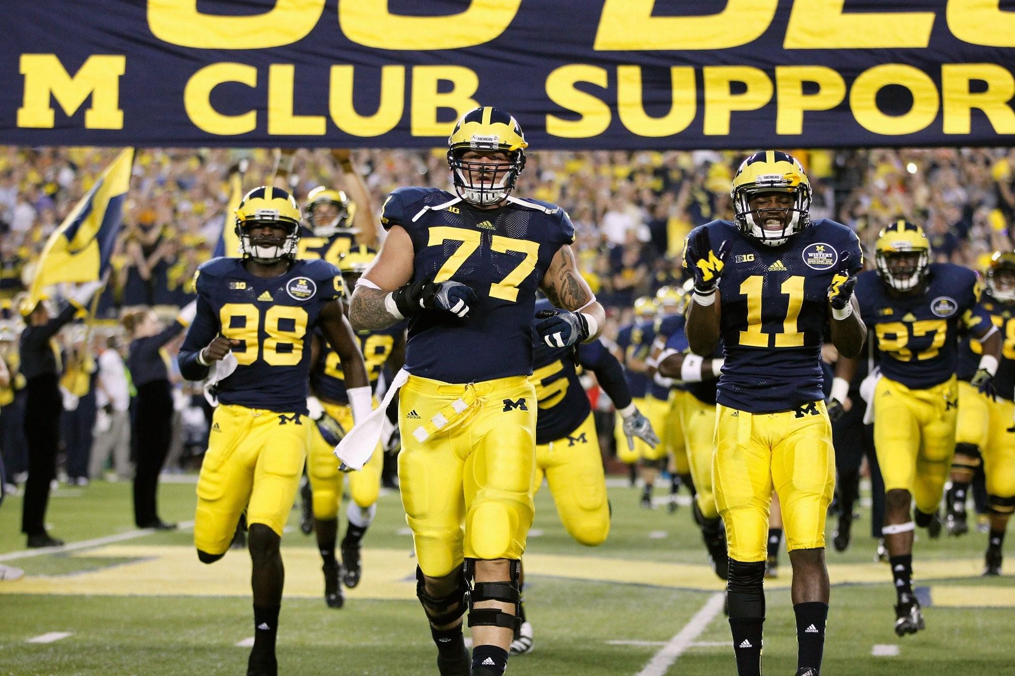 Michigan Wolverines Football Wallpapers: University Of Michigan Screensaver Wallpaper (55+ Images