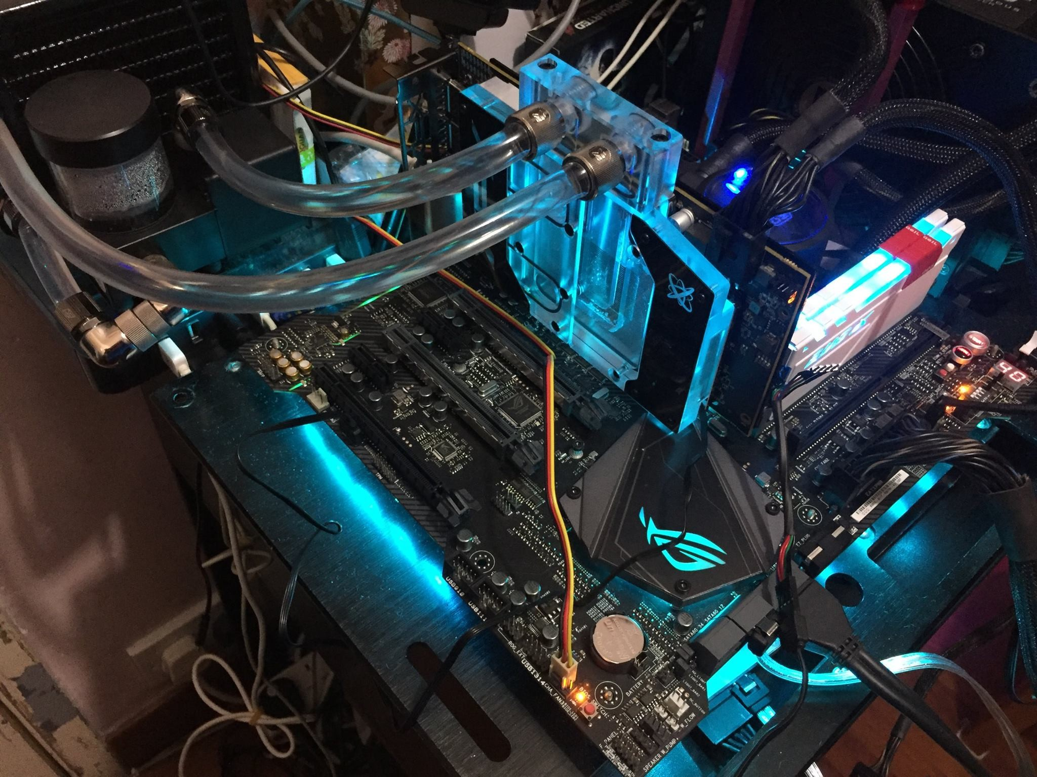 2048x1536 AMD Radeon RX 580 Overclocking and Benchmarks Unveiled – Clocked Up To 1500  MHz On Liquid Cooling