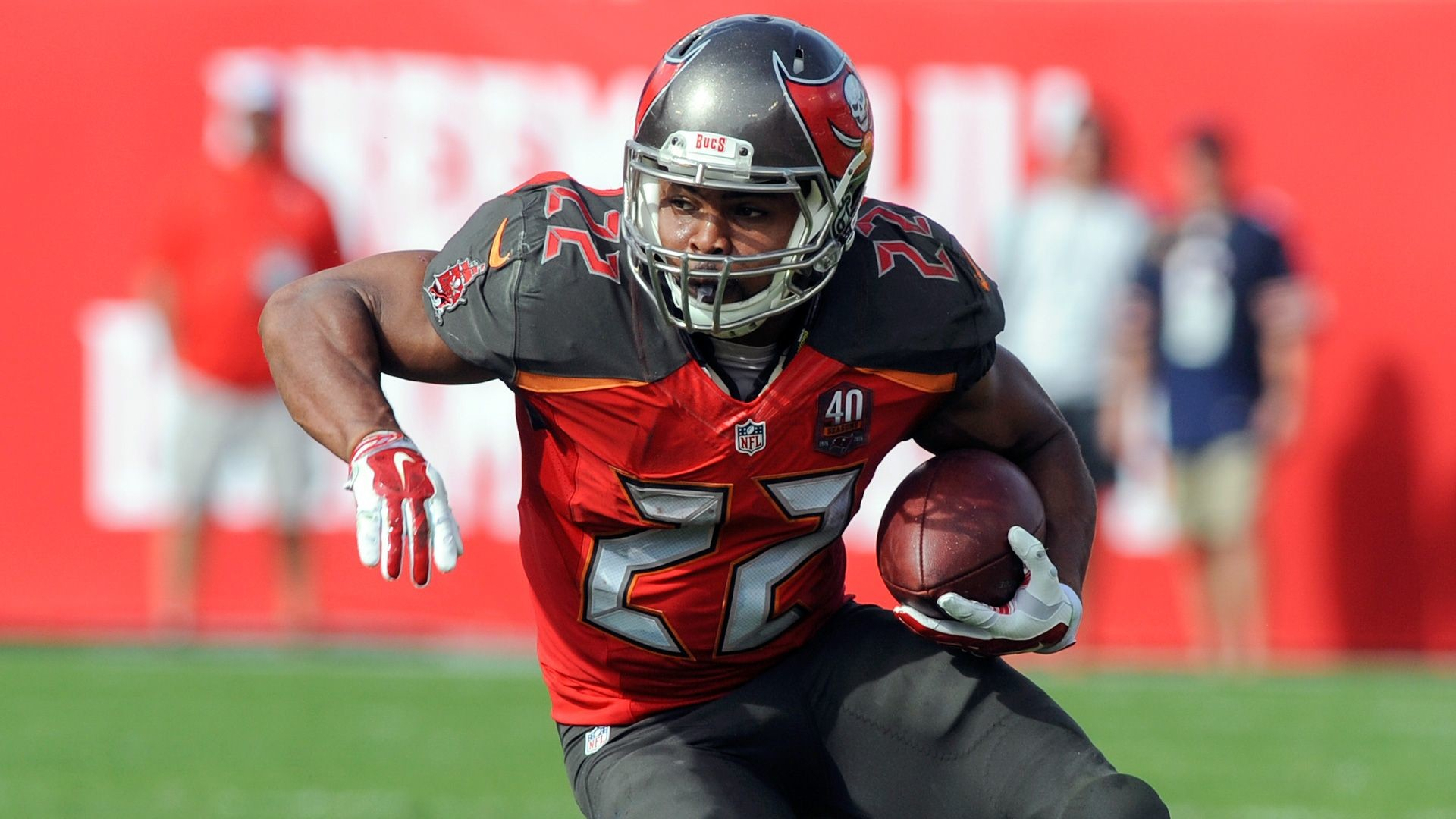 1920x1080 Injury updates for Doug Martin, Tyler Eifert, Dion Lewis, Eddie Lacy others  for Week 7 fantasy football