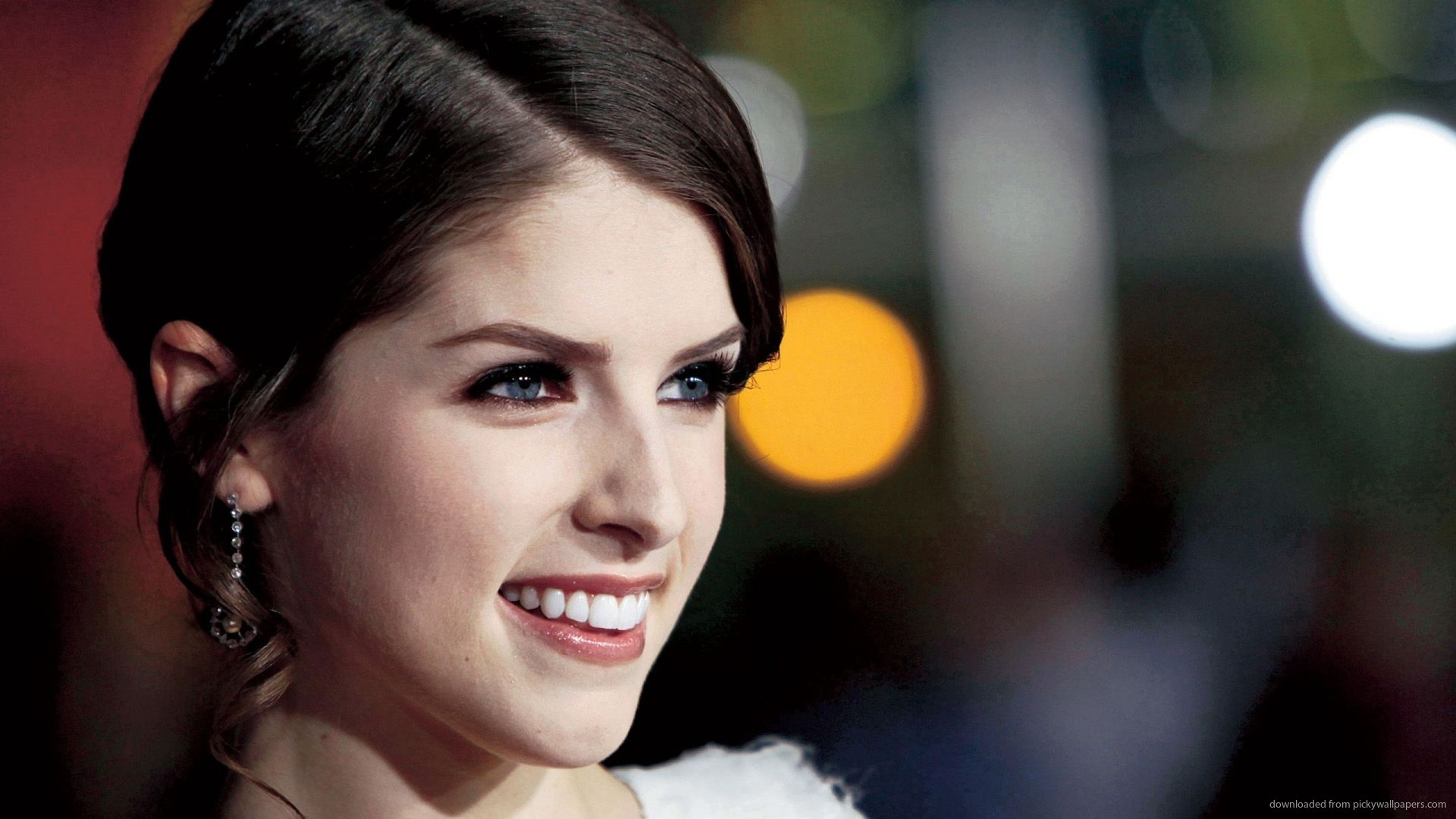 1920x1080 Anna Kendrick Beautiful Smile Wallpaper picture
