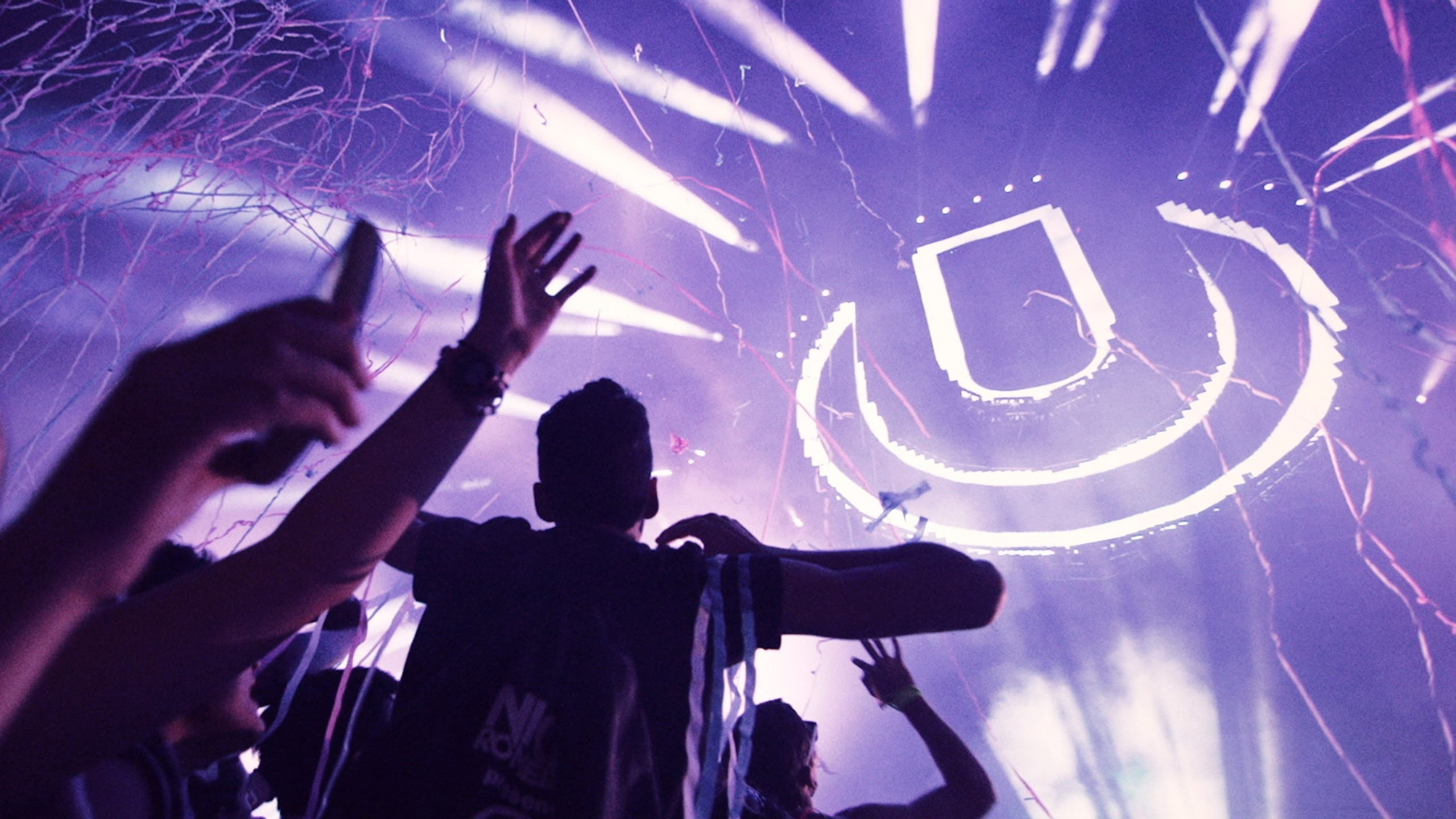 2560x1440 Check out the complete Ultra Music Festival schedule and line-up