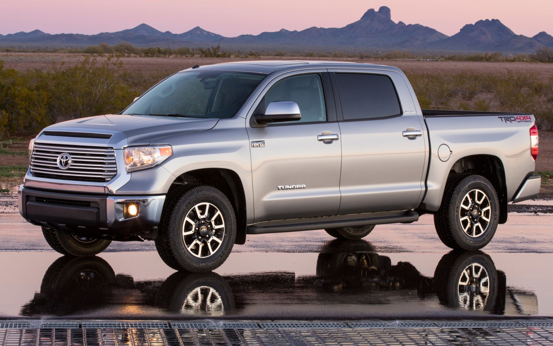 1920x1200 2014 Toyota Tundra Wallpapers | High Quality Wallpapers
