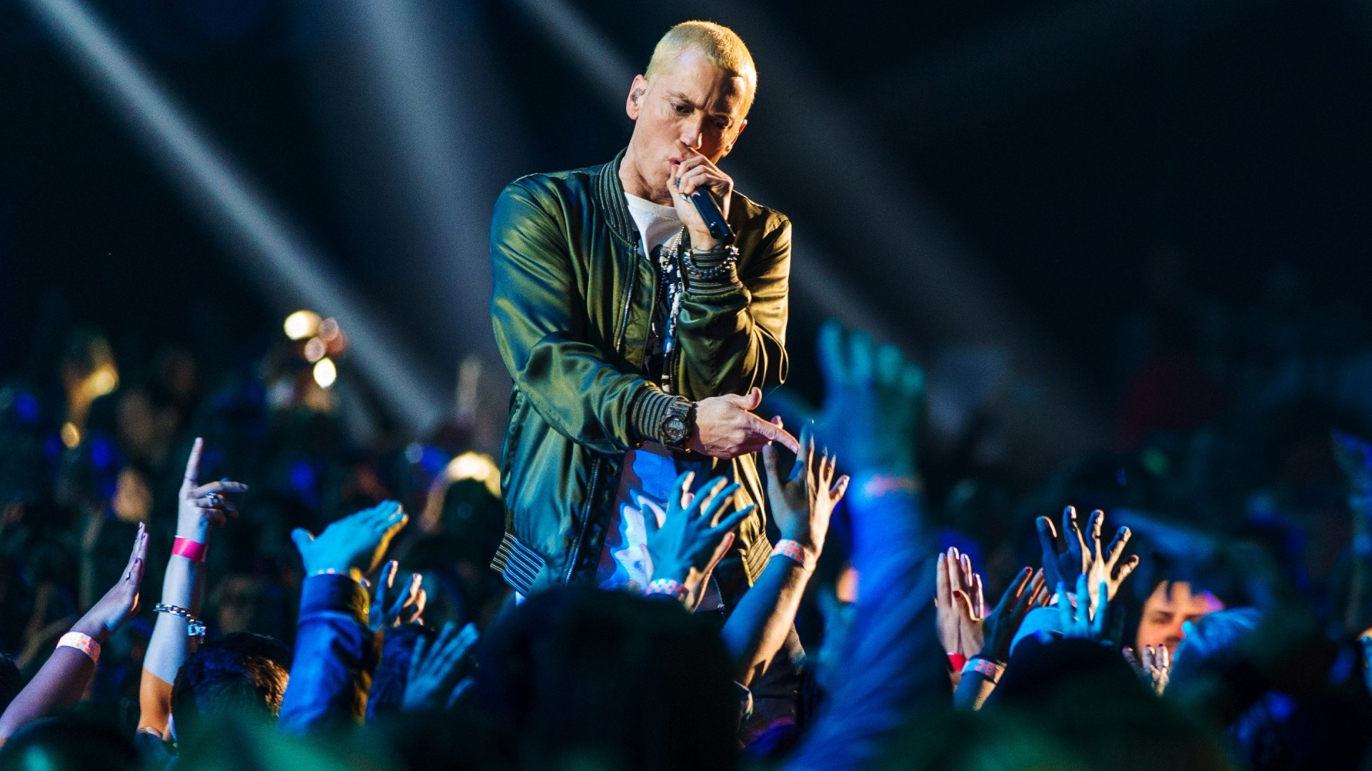 1920x1080 Preview wallpaper eminem, performance, audience, hands