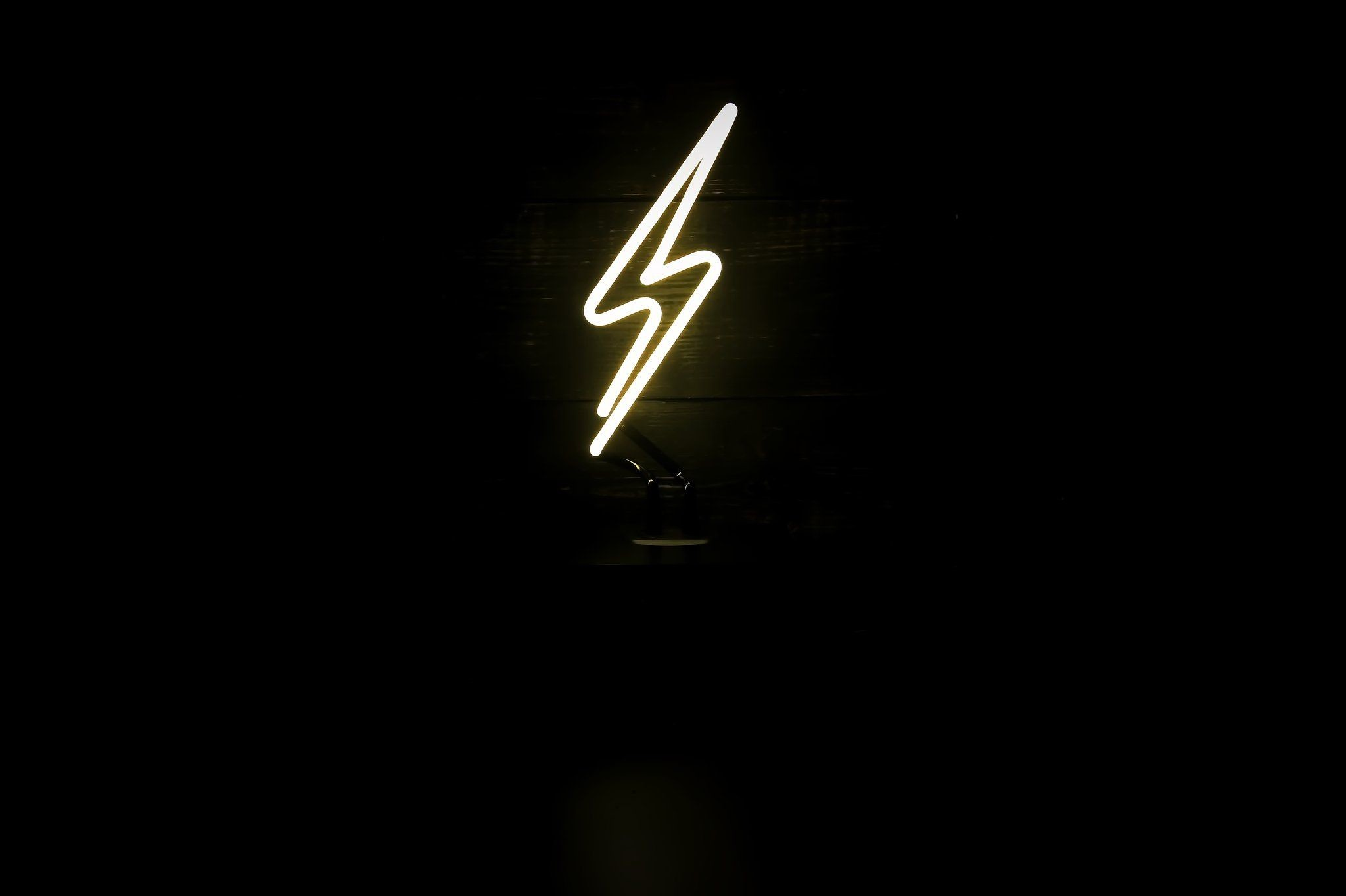 2048x1365 Lightning Bolt Desktop Neon by Noble Gas Industries