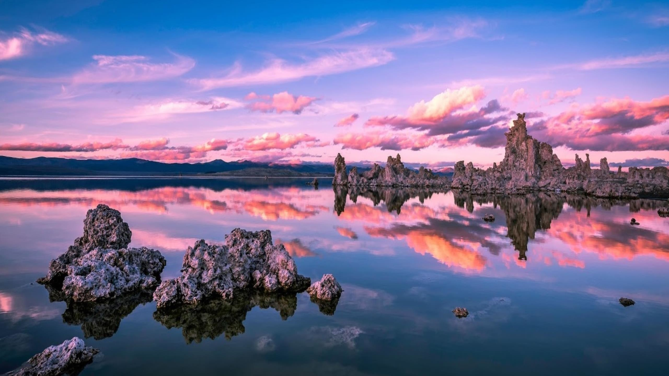 2560x1440 Mono Lake California Wallpaper