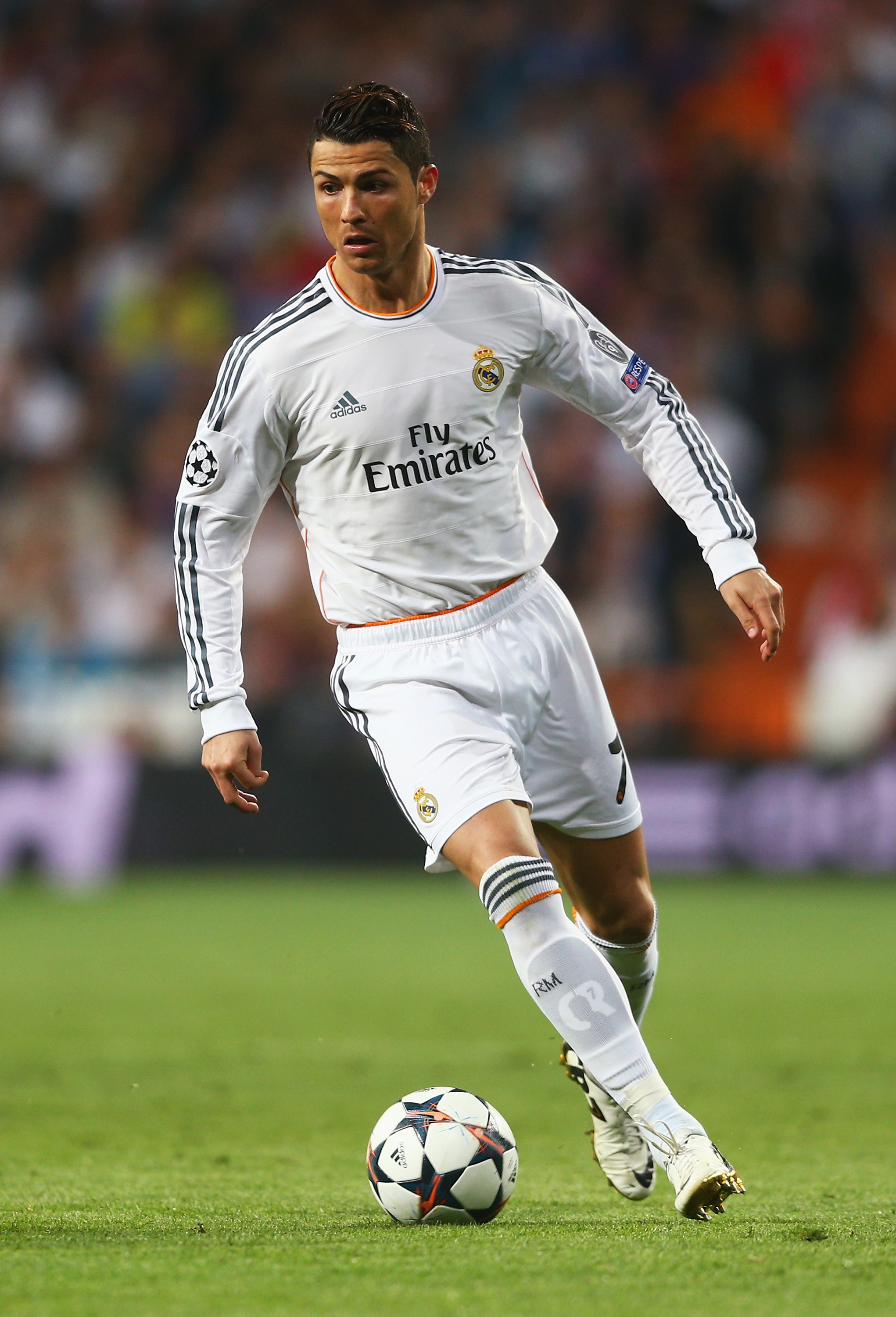 2042x3000 Cristiano Ronaldo HD Iphone