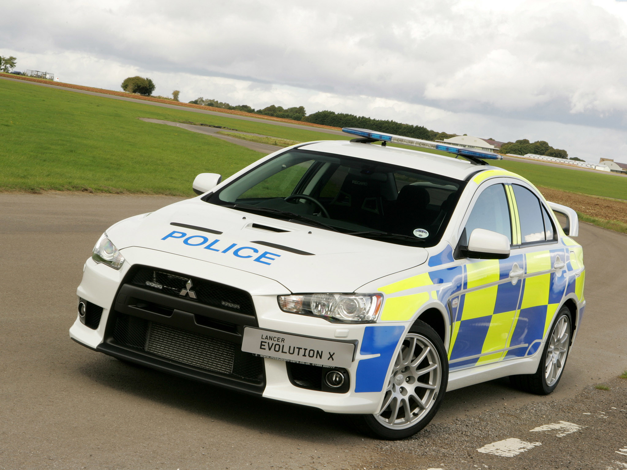 2048x1536 Police Car Hd Mitsubishi Lancer Evolution X Edition Walls 504080 Wallpaper  wallpaper