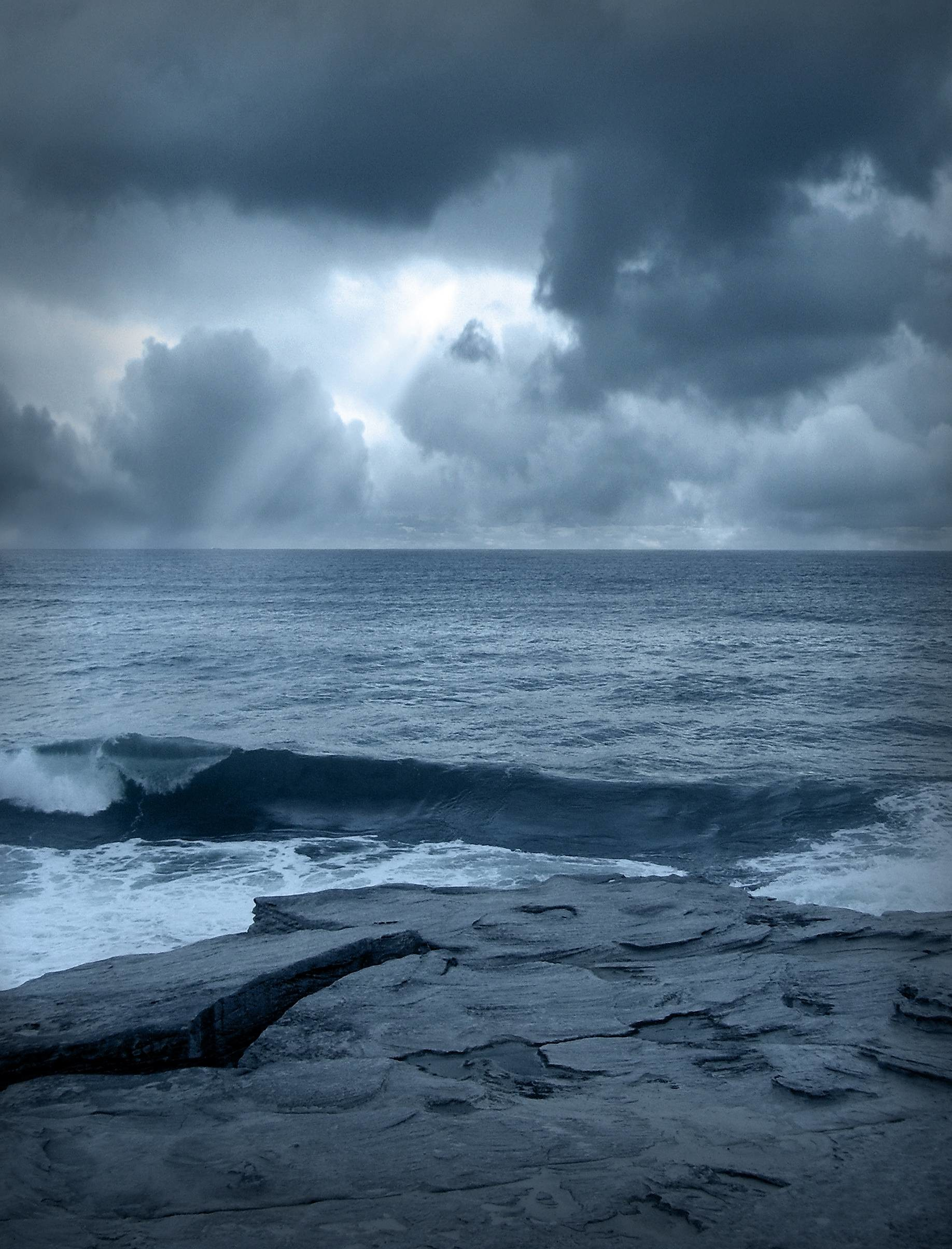 1836x2408 Wallpapers For > Stormy Ocean Iphone 5 Wallpaper