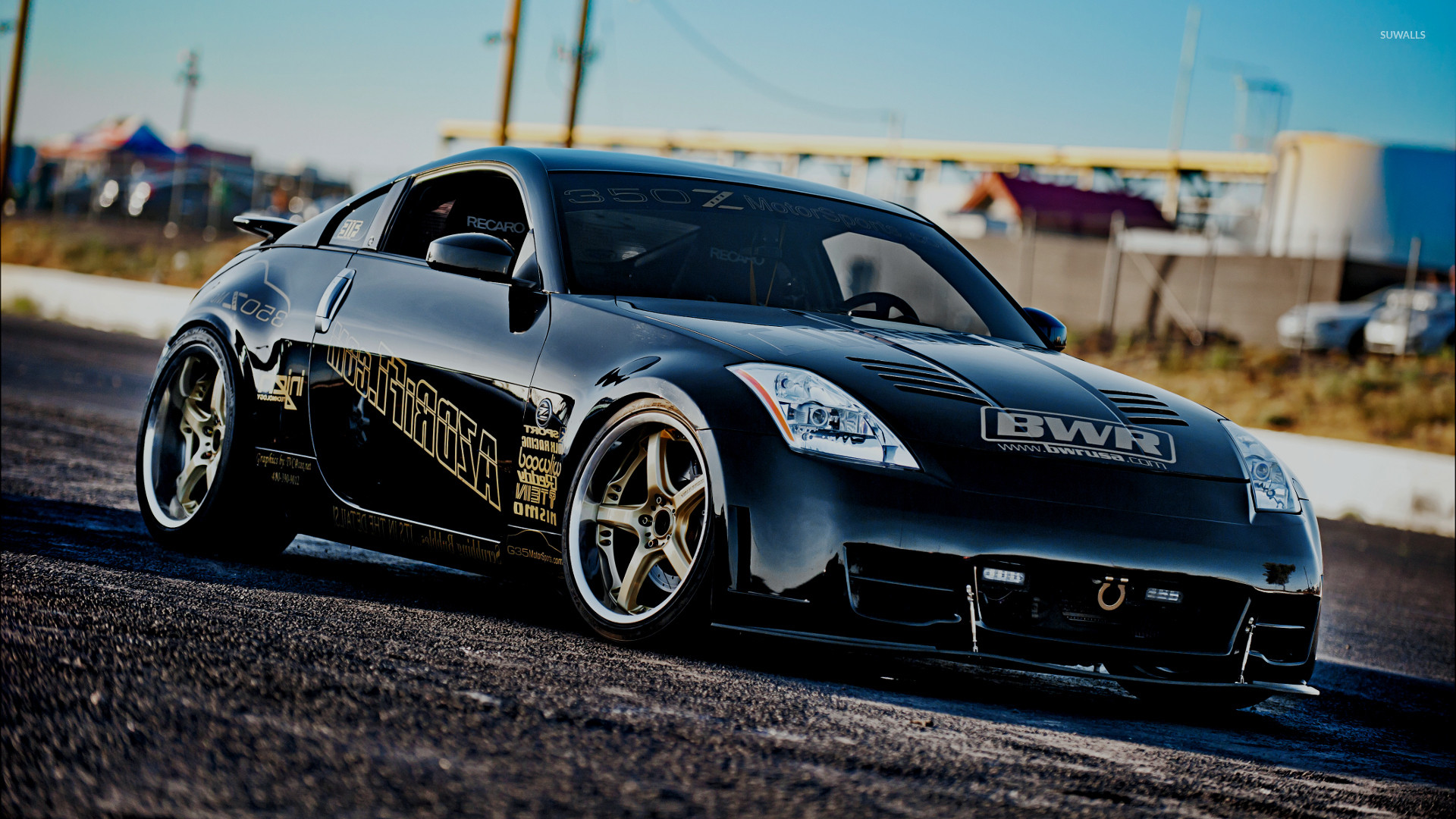 1920x1080 Front side view of a Nissan 350Z wallpaper