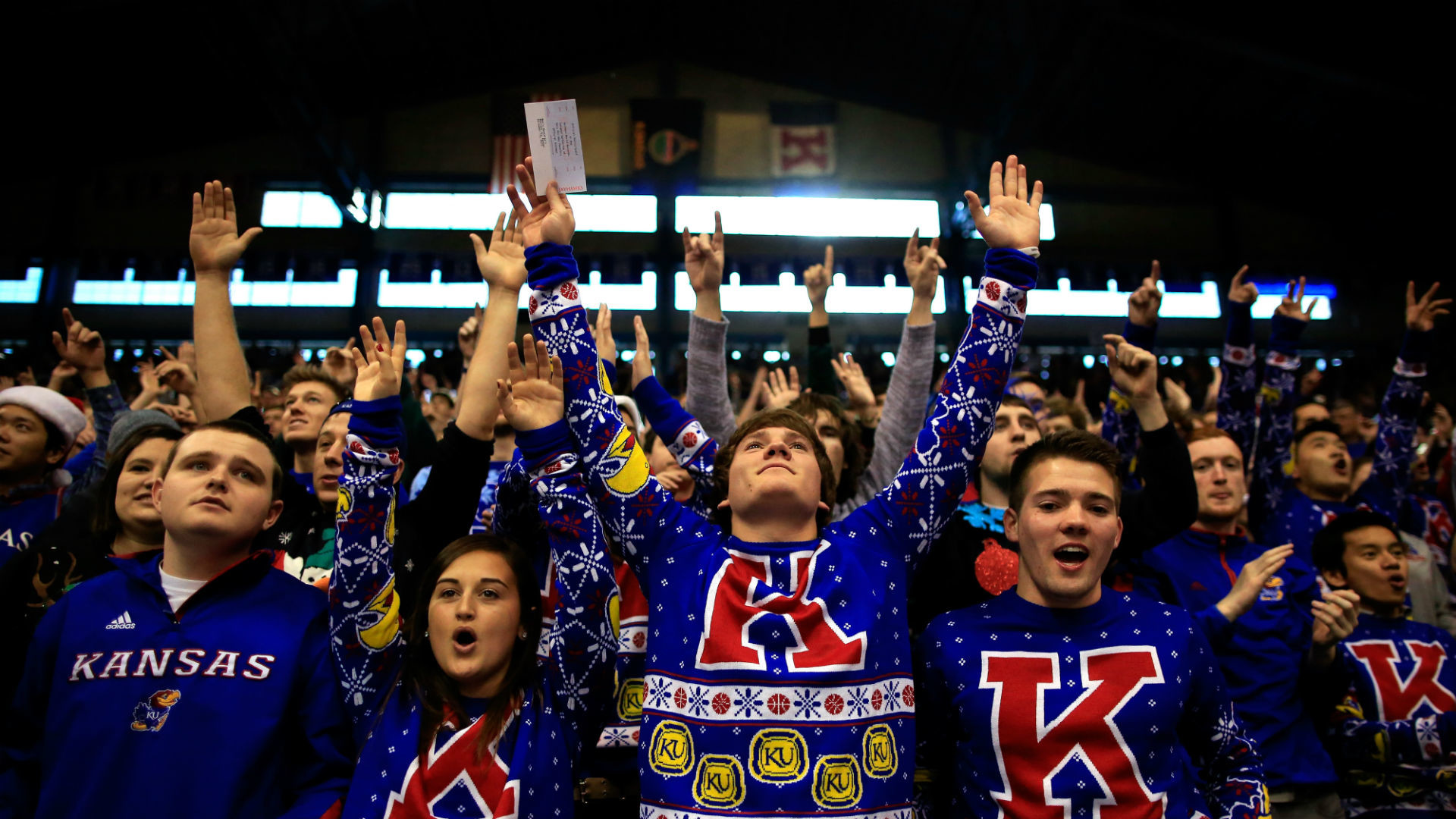 1920x1080 Kansas fans stick around to show love for Oklahoma's Buddy Hield | NCAA  Basketball | Sporting News